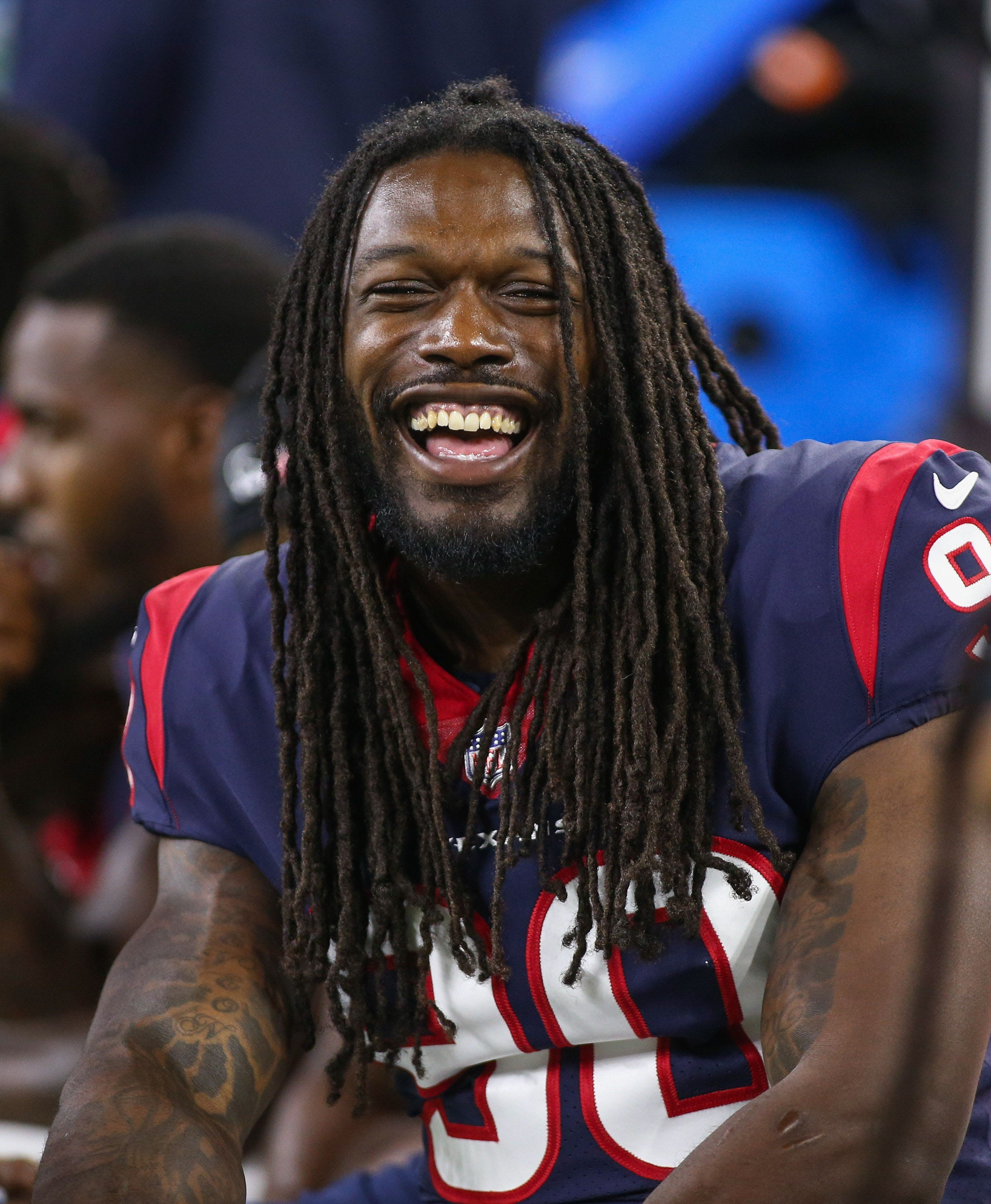 Jadeveon Clowney receives franchise tag from Houston Texans
