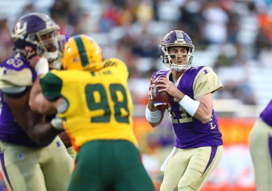 Atlanta Legends quarterback Aaron Murray (11) throws against the Arizona Hotshots.