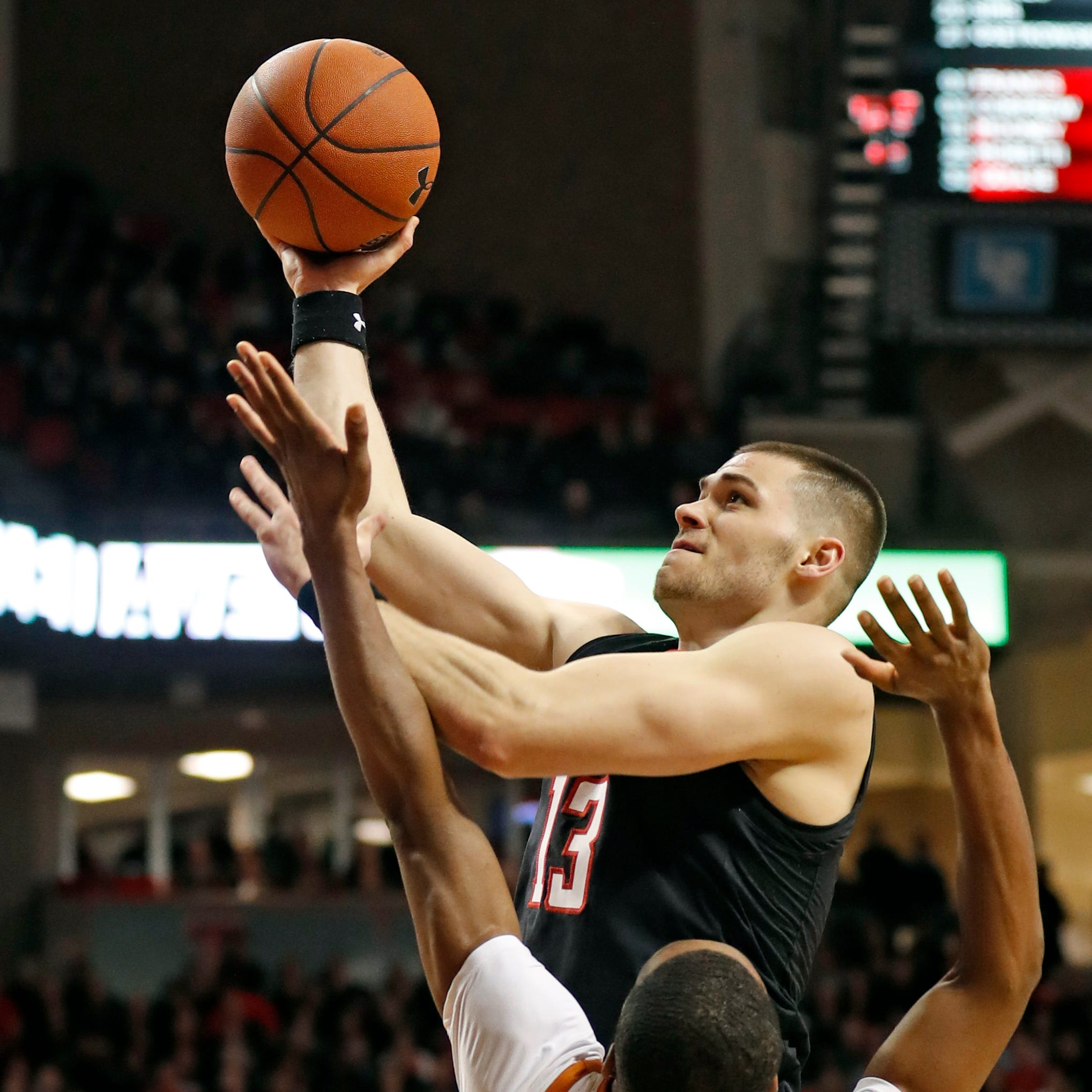 Big 12 Basketball: No. 8 Texas Tech finishes home schedule with dominant win over Texas