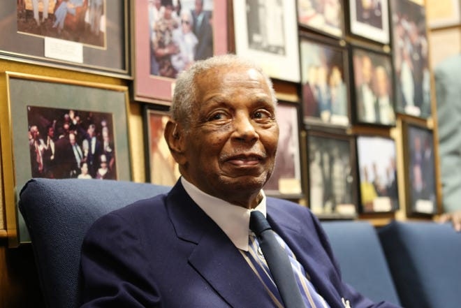 Judge Damon Keith in his chambers at the Federal Courthouse in Detroit in 2015.
