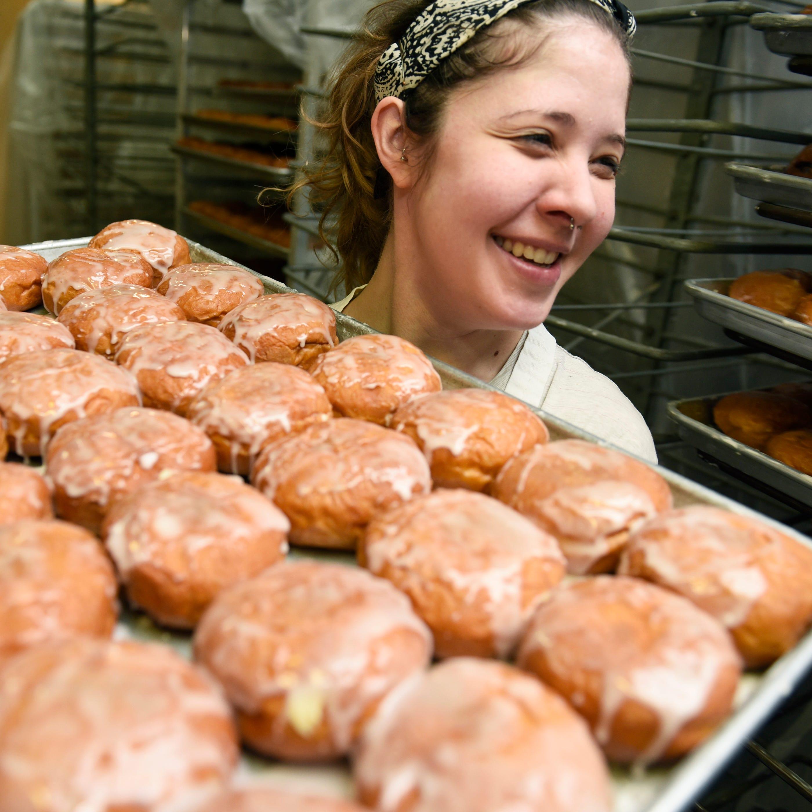 Metro Detroit paczki bakeries jam-packed on Fat Tuesday