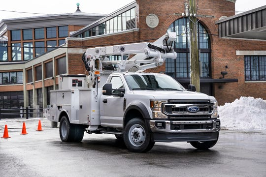 Ford is bringing back the F-600 Super Duty for the first time since the late 1990a.
