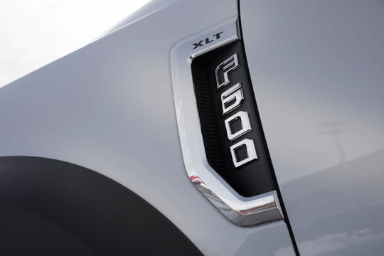The Ford F-600 Super Duty chassis cab badge.