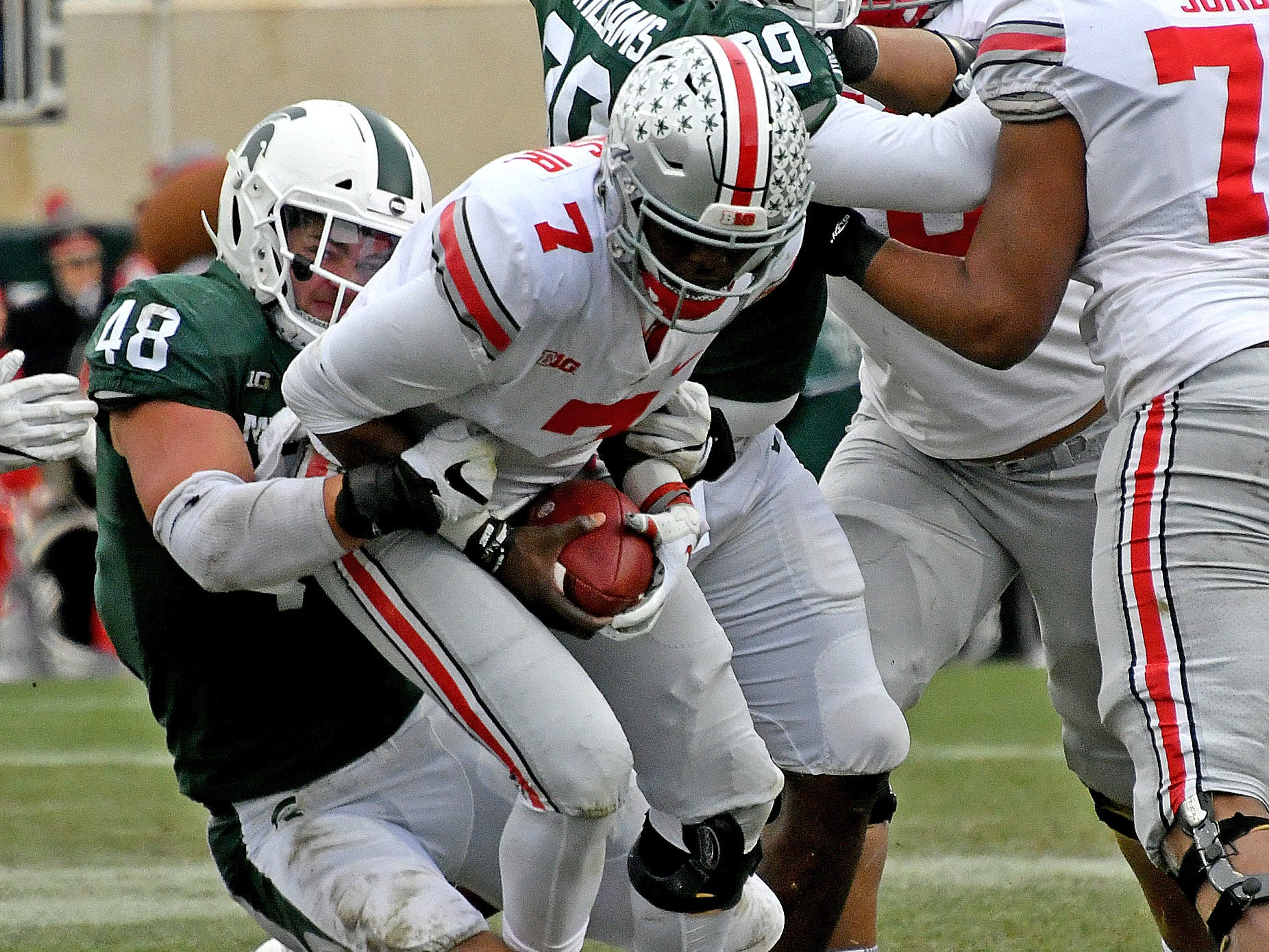 DEFENSE – DEFENSIVE END: Kenny Willekes (48) – The former walk-on had a breakout season in 2018, earning All-American honors as he was named Big Ten Defensive Lineman of the Year after recording 20.5 tackles for loss, including 8.5 sacks. A broken leg in the bowl game likely will keep him out of spring practice.