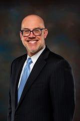 Dr. Thomas Cummins