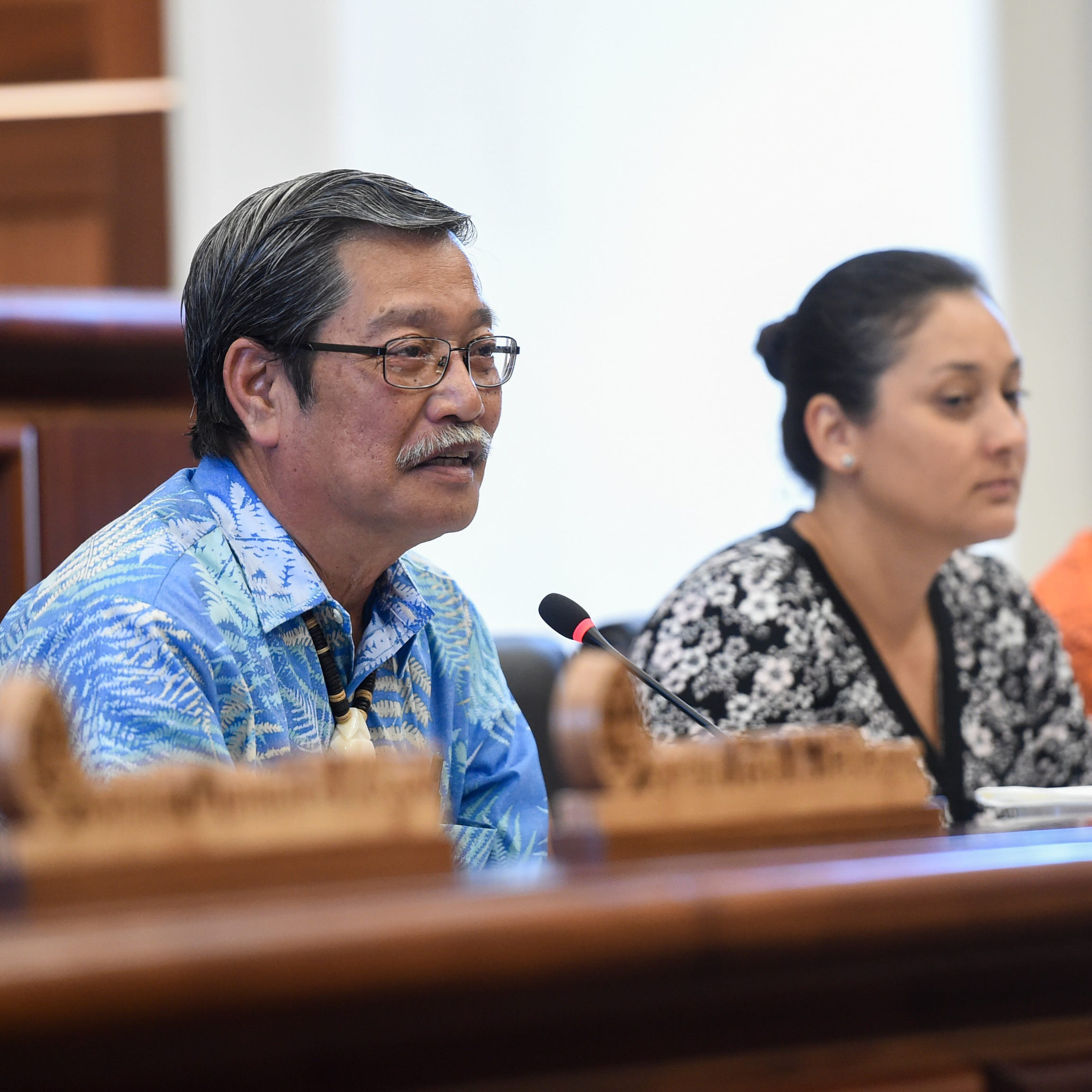 Sen. Joe San Agustin asks for input on raising minimum wage to $9.25