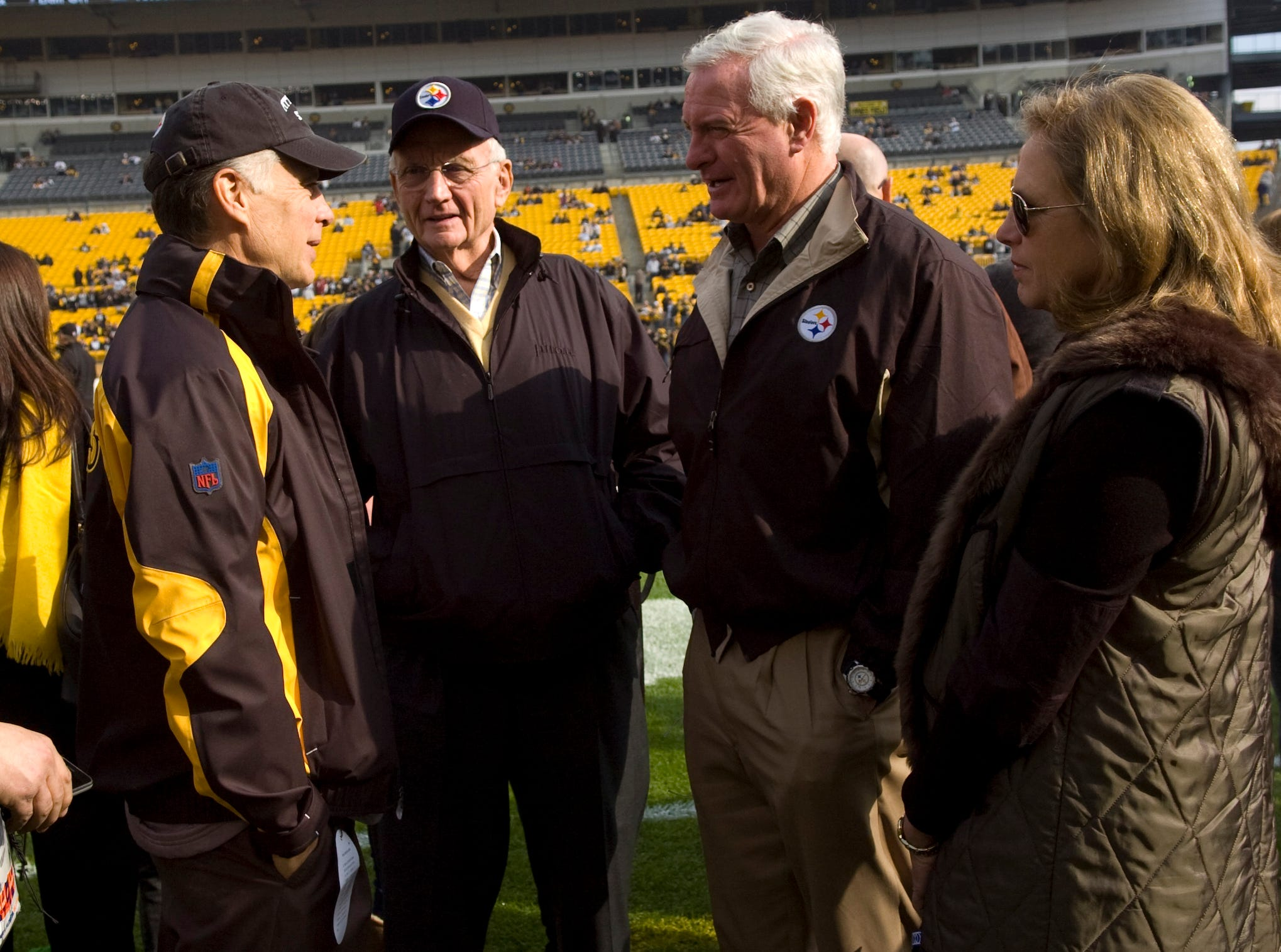Pittsburgh Steelers President Art Rooney II (left) visits with Jim, Jimmy and Dee Haslam before a game between the Pittsburgh Steelers and the Oakland Raiders in Pittsburgh on Nov. 21, 2010. Jimmy Haslam became a partner in the Pittsburgh Steelers in 2008.