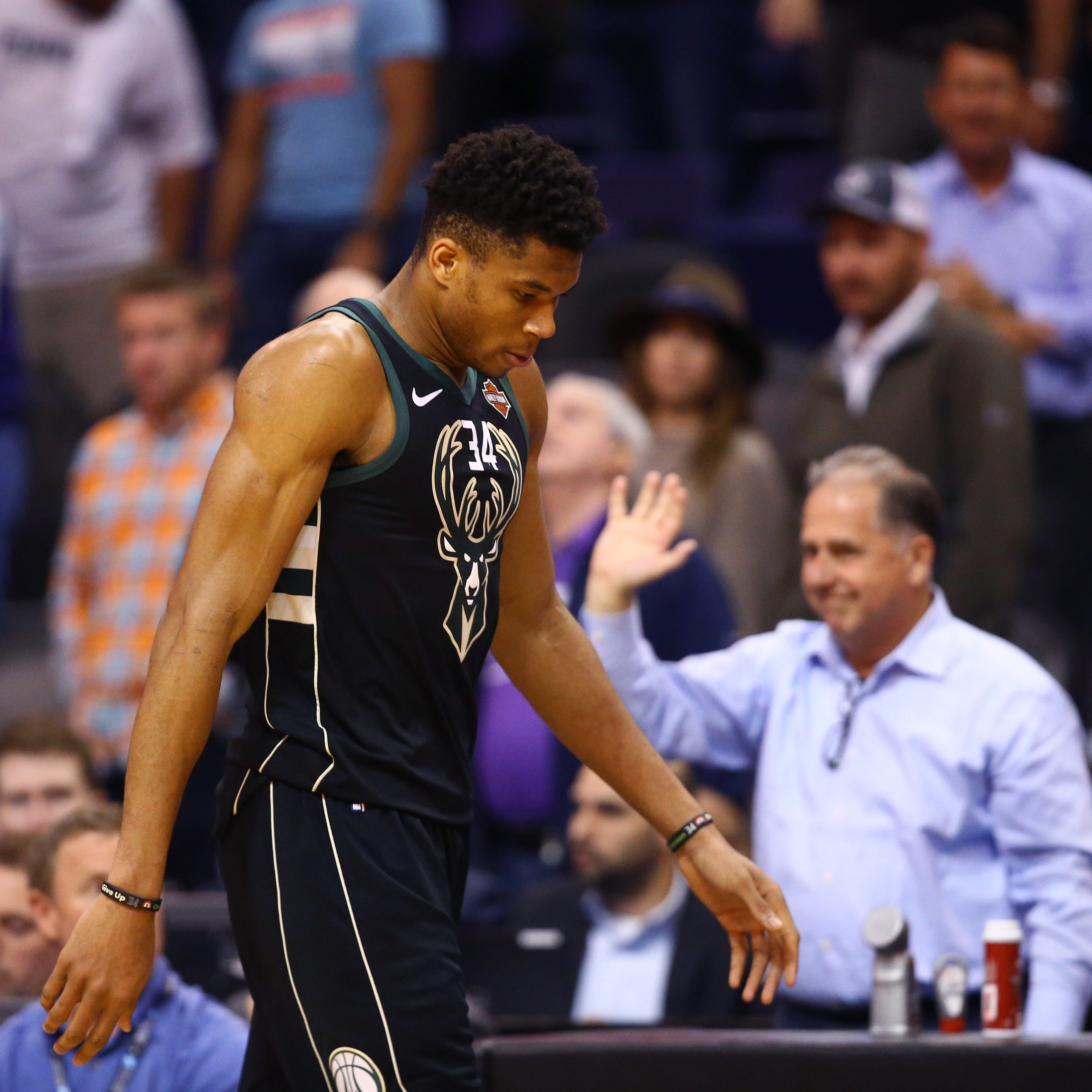 Losses to the Jazz and Suns show the Bucks are susceptible to a letdown. That's all that was, right?