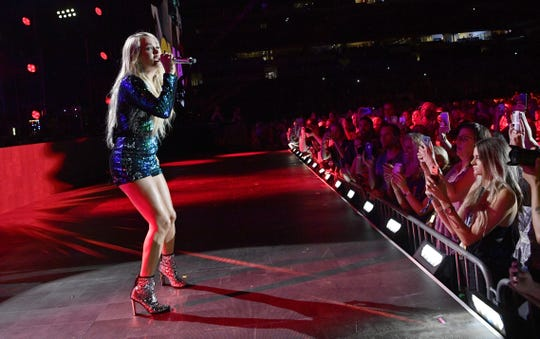Carrie Underwood is scheduled to play the Denny Sanford Premier Center this fall.