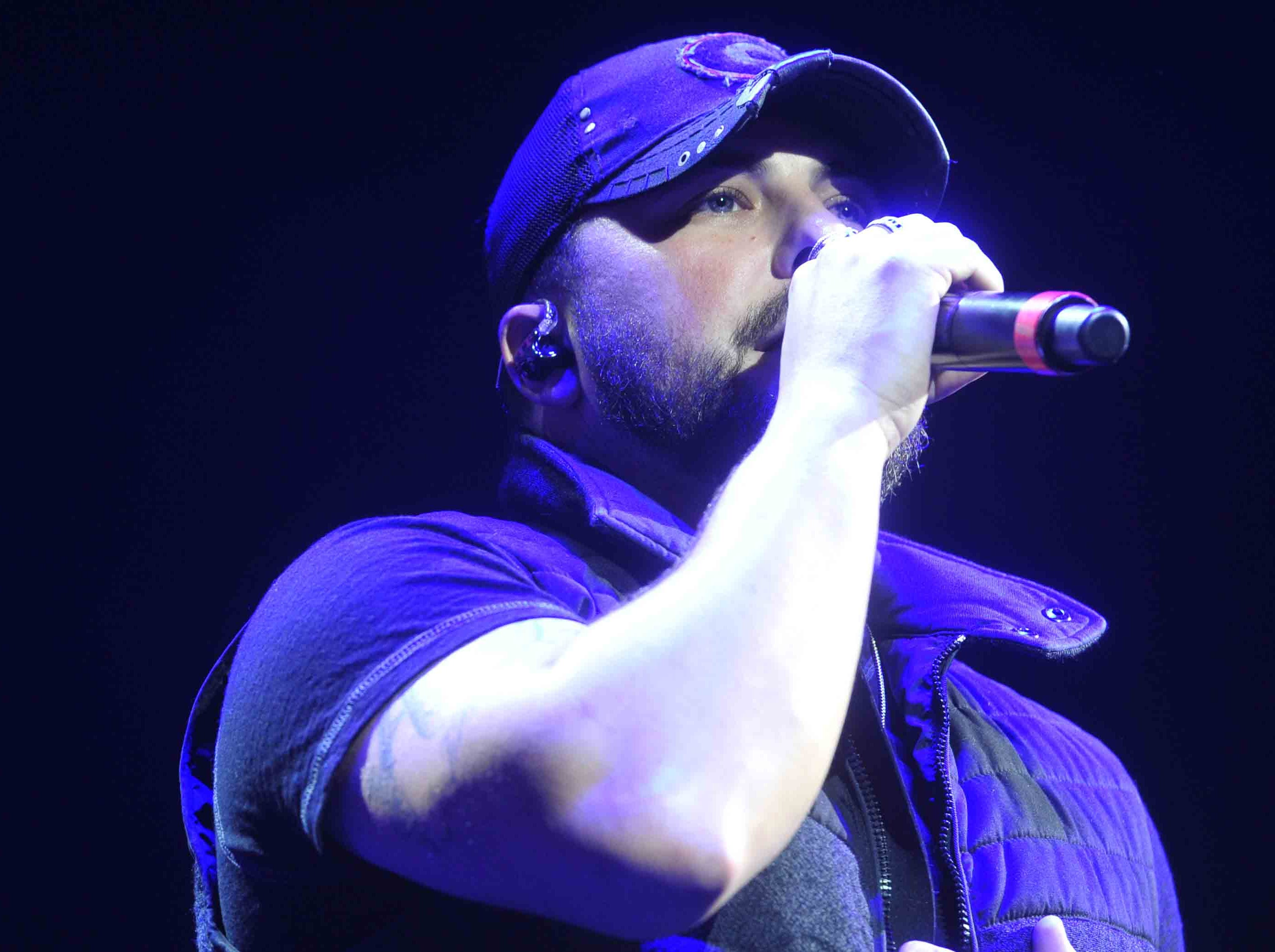 Tyler Farr is scheduled to play the Chevy Riverfront Stage at CMA Fest 2019.