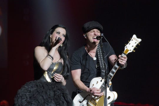 Country duo Thompson Square signed with The Reviver Entertainment Group earlier this year.
