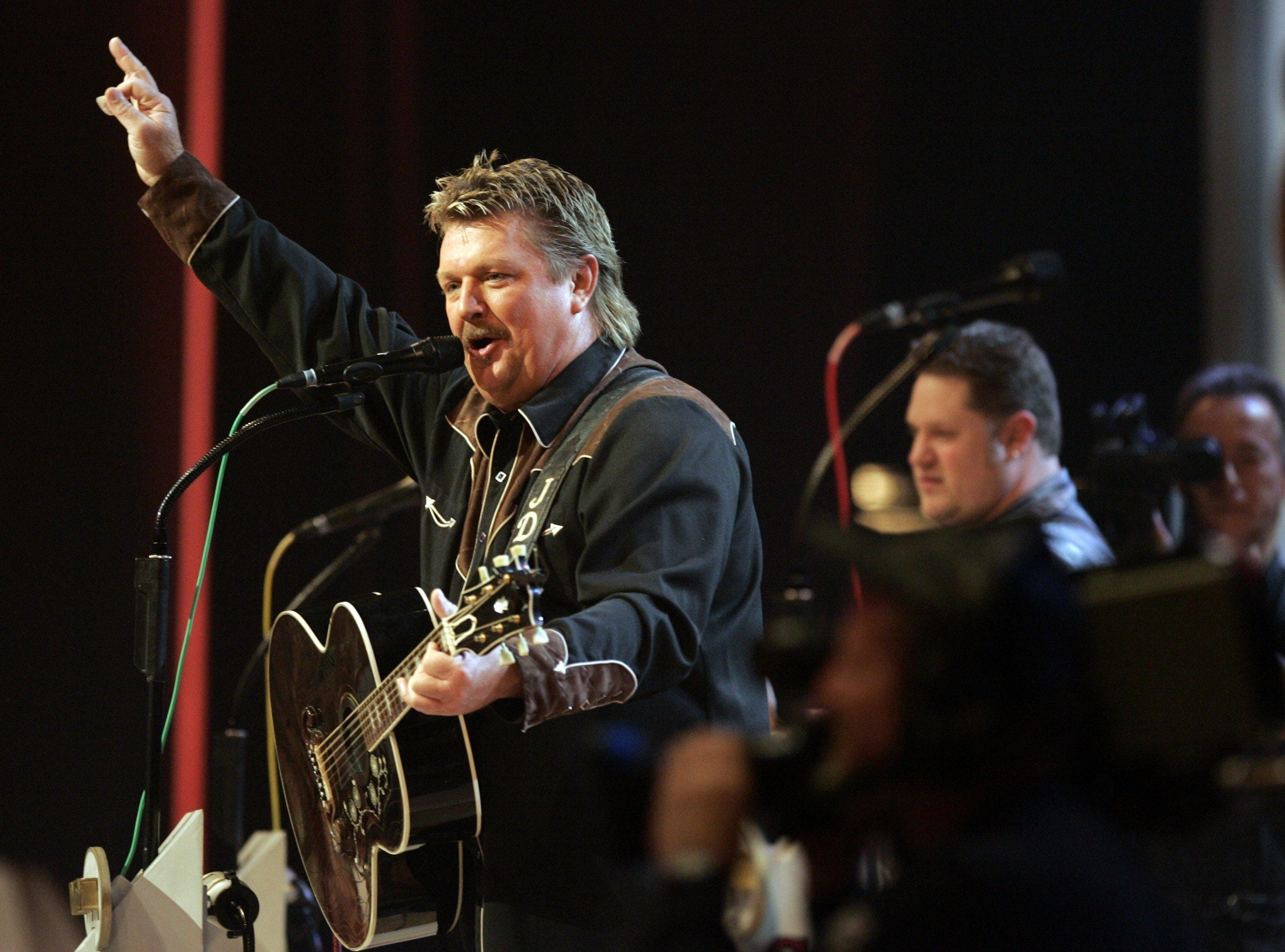 Joe Diffie is scheduled to play the Budweiser Forever Country Stage at CMA Fest 2019.