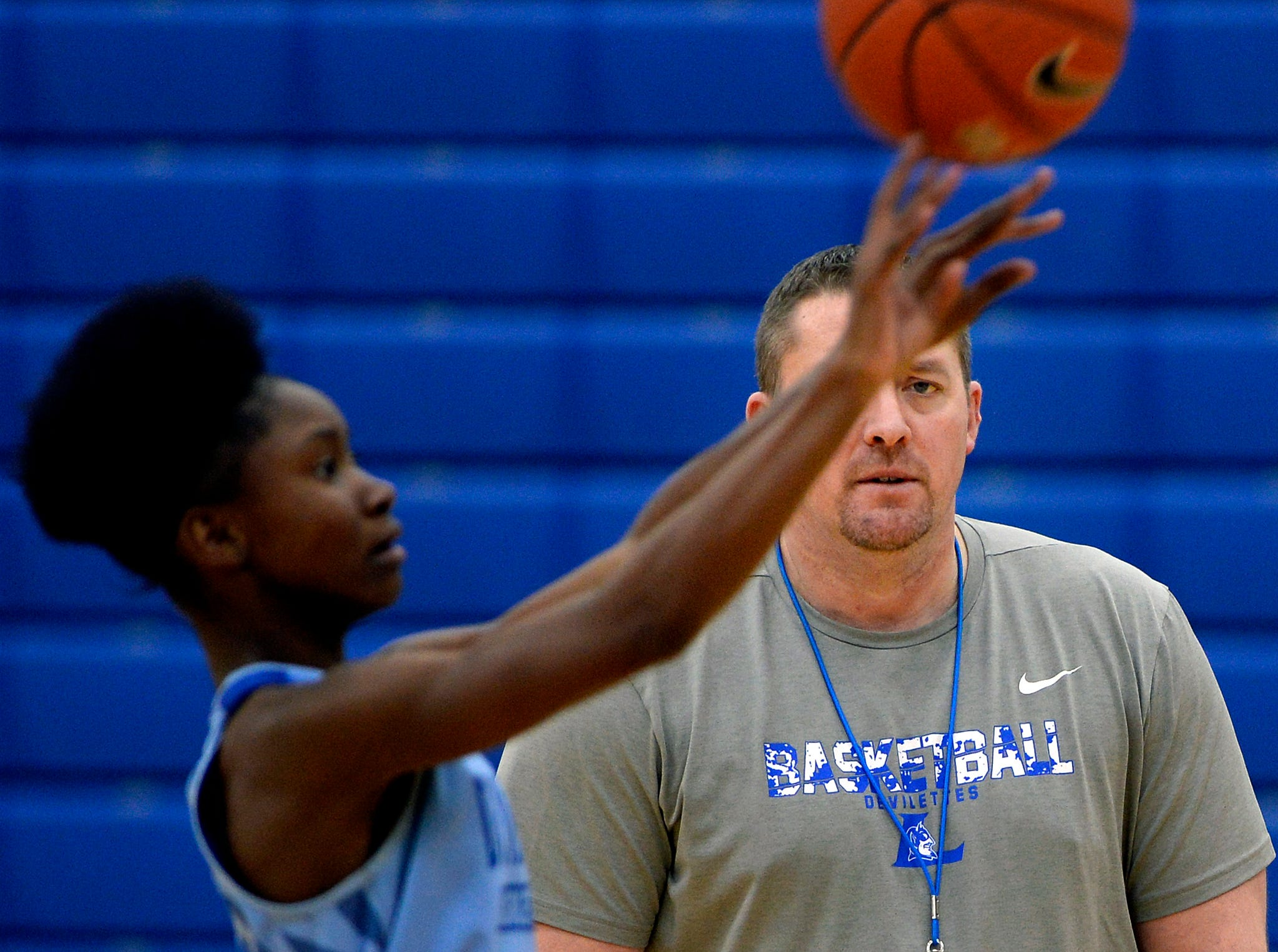 Lebanon High School girls basketball coach Cory Barrett watches players shoot during a team practice on Monday, March 4, 2019, in Lebanon Tenn. Lebanon is preparing for the state playoffs.