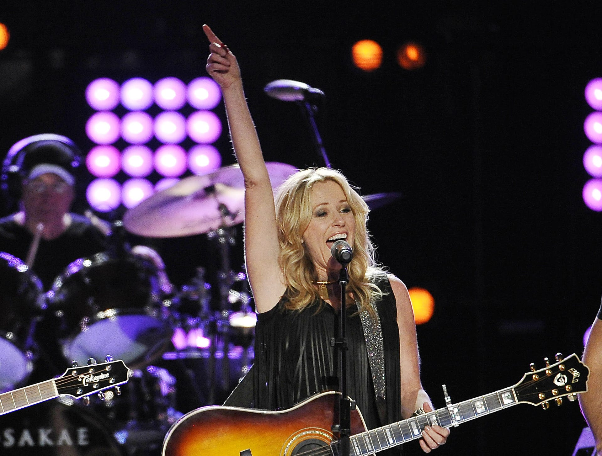 Deana Carter is scheduled to play the Budweiser Forever Country Stage at CMA Fest 2019.