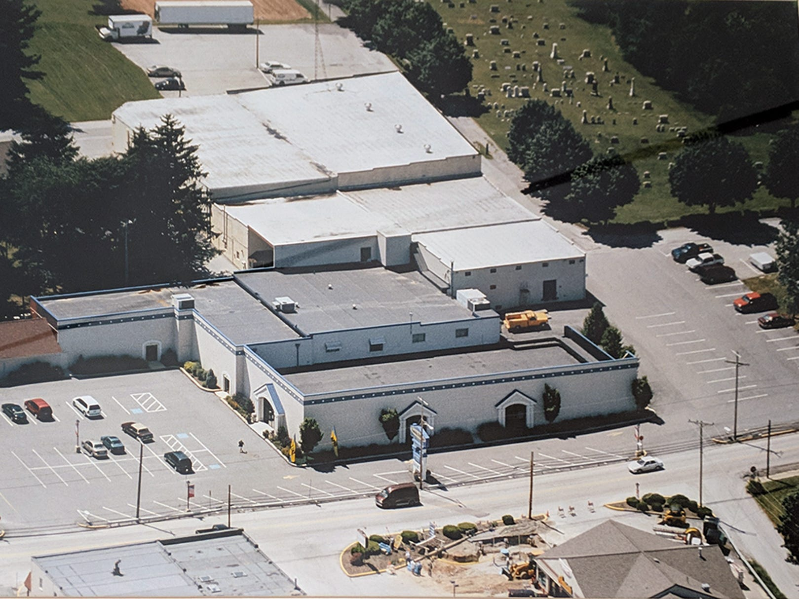 This is an aerial view of Smith Village in 2004.The Rutters is under construction in the lower left corner of the picture.