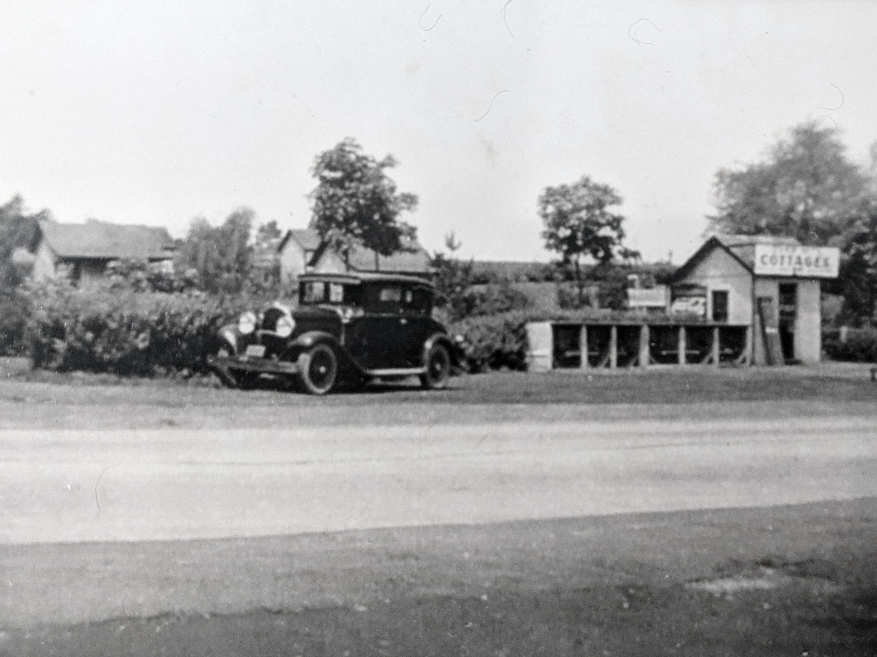 Smith's cottages faced the current Smith Village store site in Jacobus in 1937.