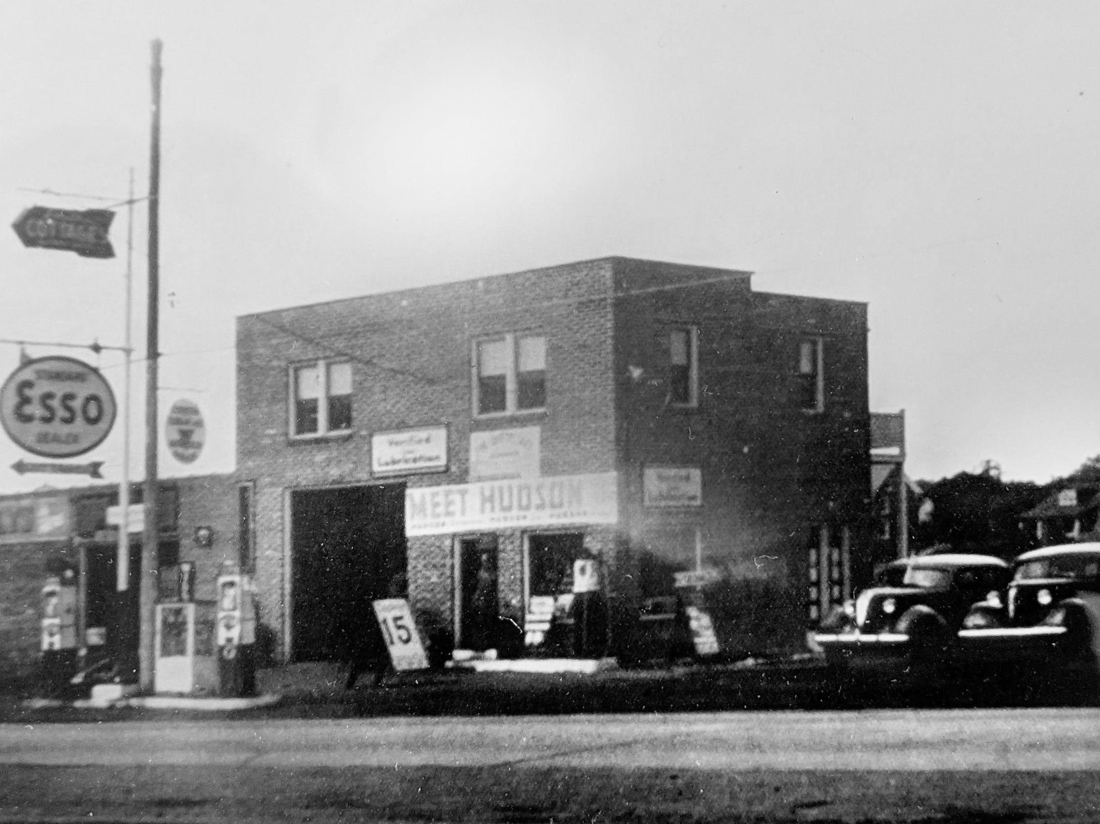 An Esso station across from the present day Smith Village sold Terraplanes,  Hudsons and Willys vehicles, later selling Nash's and American Motors.