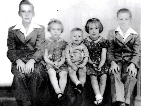 The Smith family children are shown in an undated photo.
