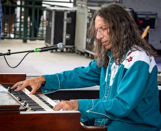 Organ wizard Bruce Katz checks in at the Bradfordville Blues Club on Friday.