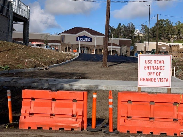 The scheduled opening of a new Lowe's home improvement store in Newbury Park, which is expected to create about 150 jobs,has been delayed until later this year because of the recent rains, the company says.