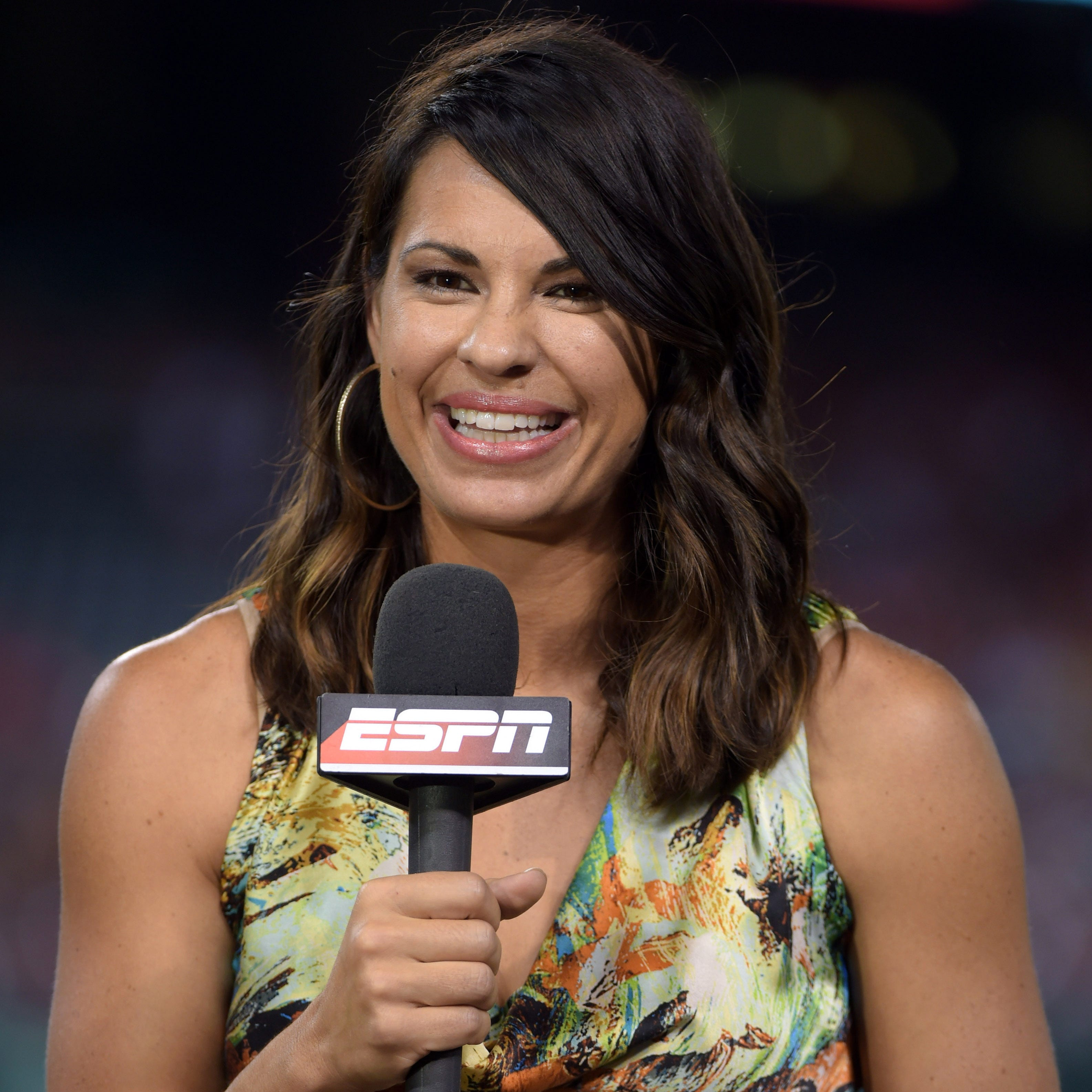 Camarillo High graduate Jessica Mendoza hired as Mets adviser but keeps ESPN job