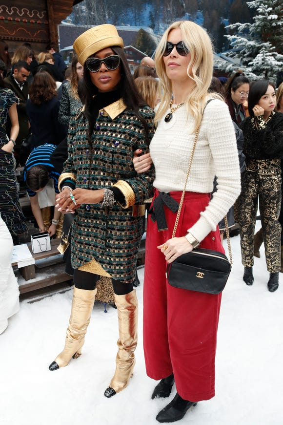Claudia Schiffer, right, and Naomi Campbell