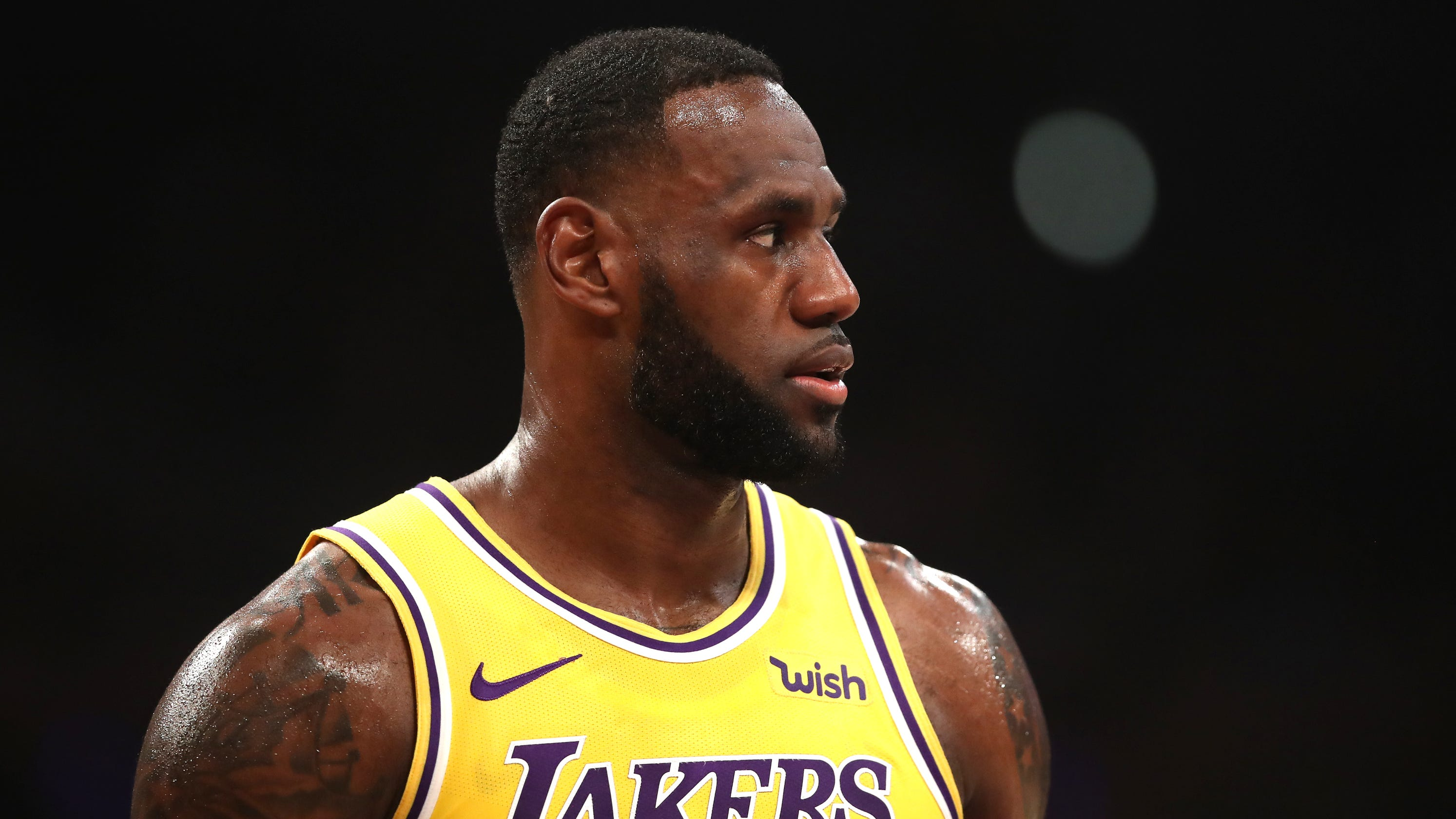 new arrival 5372c 6a6a3 Lakers loss to Clippers puts postseason hopes on life support