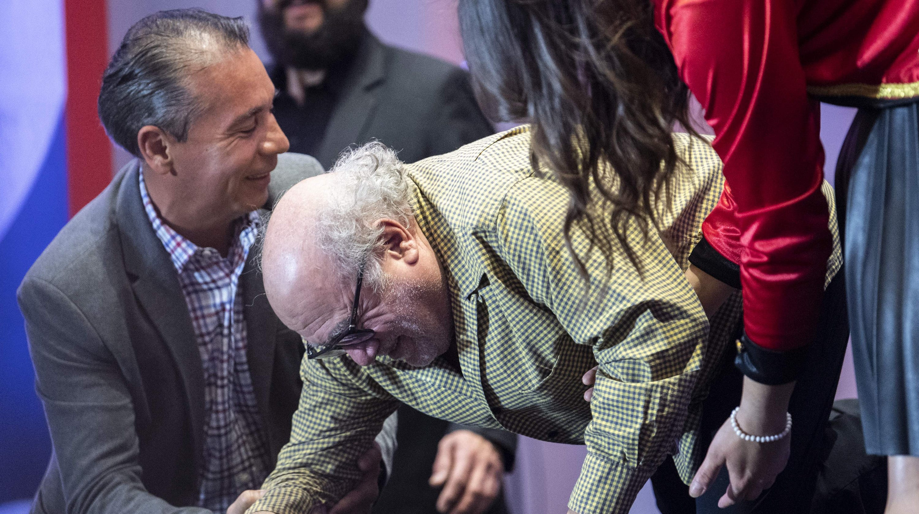 Ouch Danny Devito Falls Hard At A Dumbo Press Conference