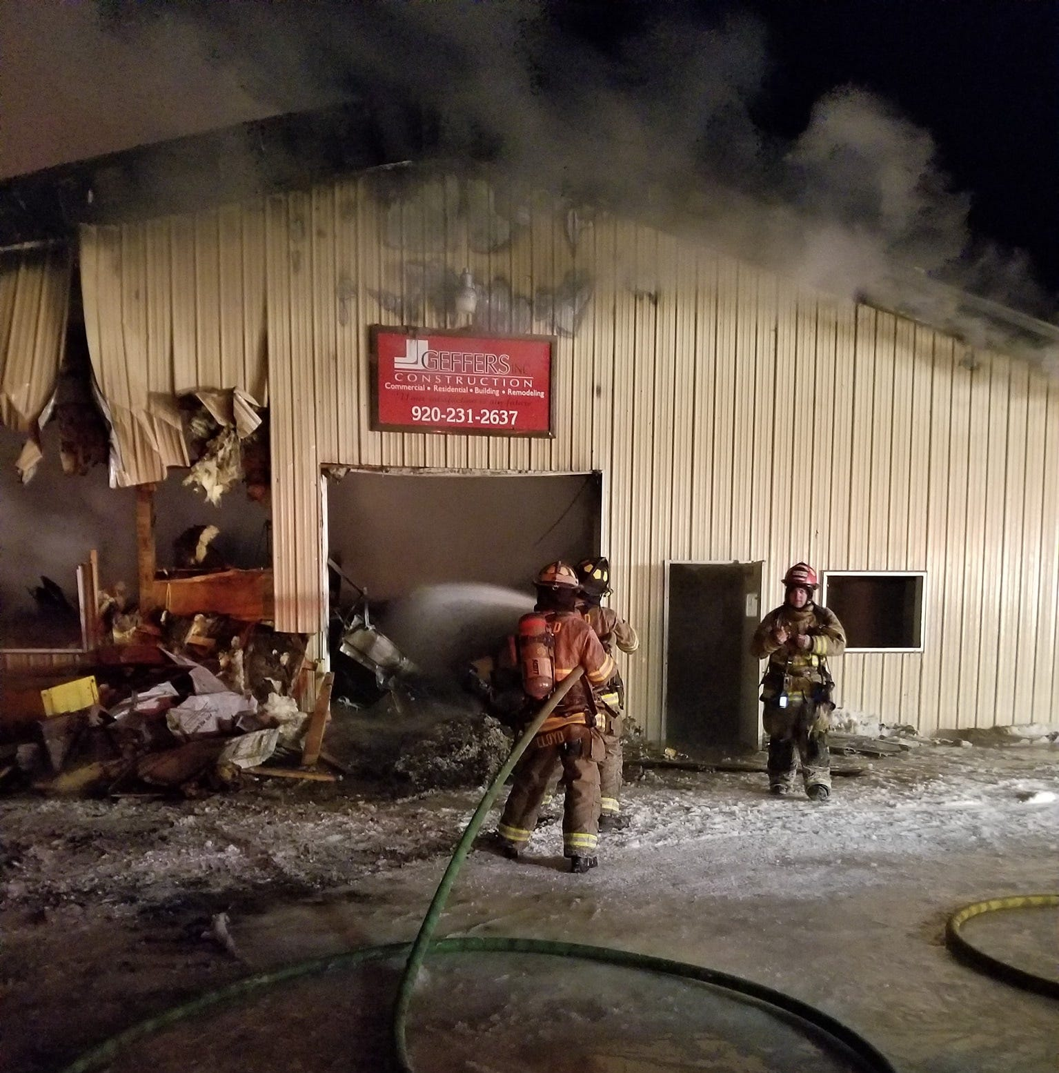 Neenah area construction company destroyed in overnight fire