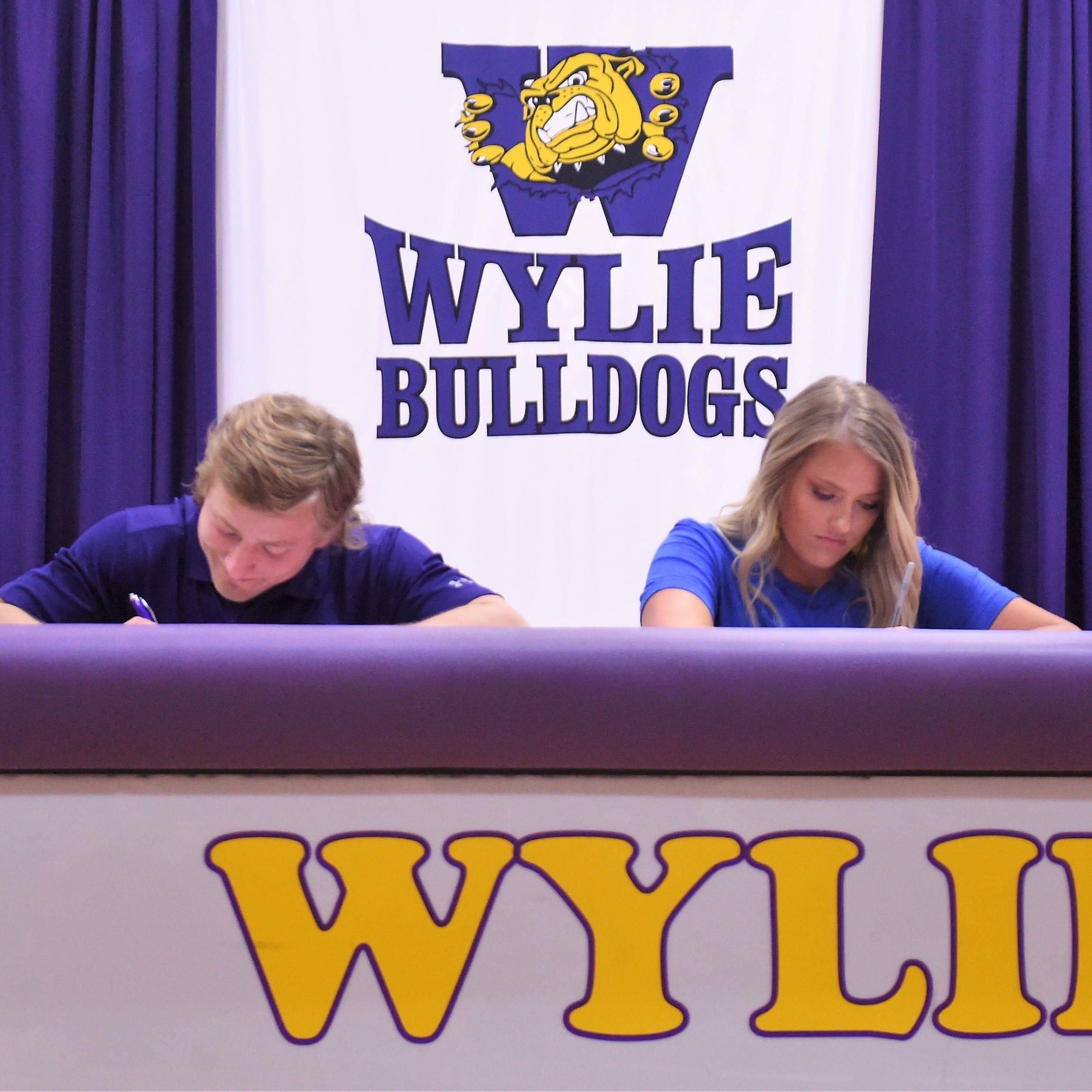 Abilene Wylie golf's Zachary, football's Hicks make college plans