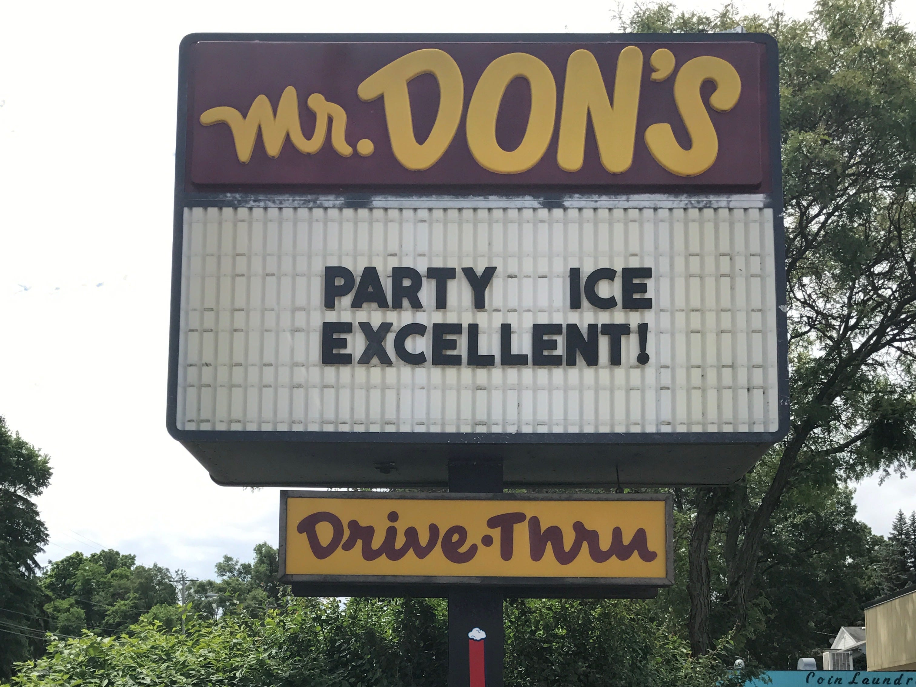 A former message on the marquee in front of Mr. Don's, 341 North 20th Street in Springfield.