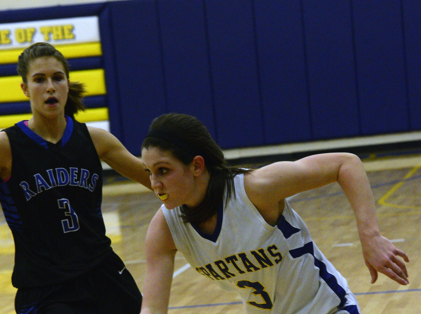 2013: Maine-Endwell's Victoria Dean, above, and her sister Daniella combine to average 15.1 points per game.