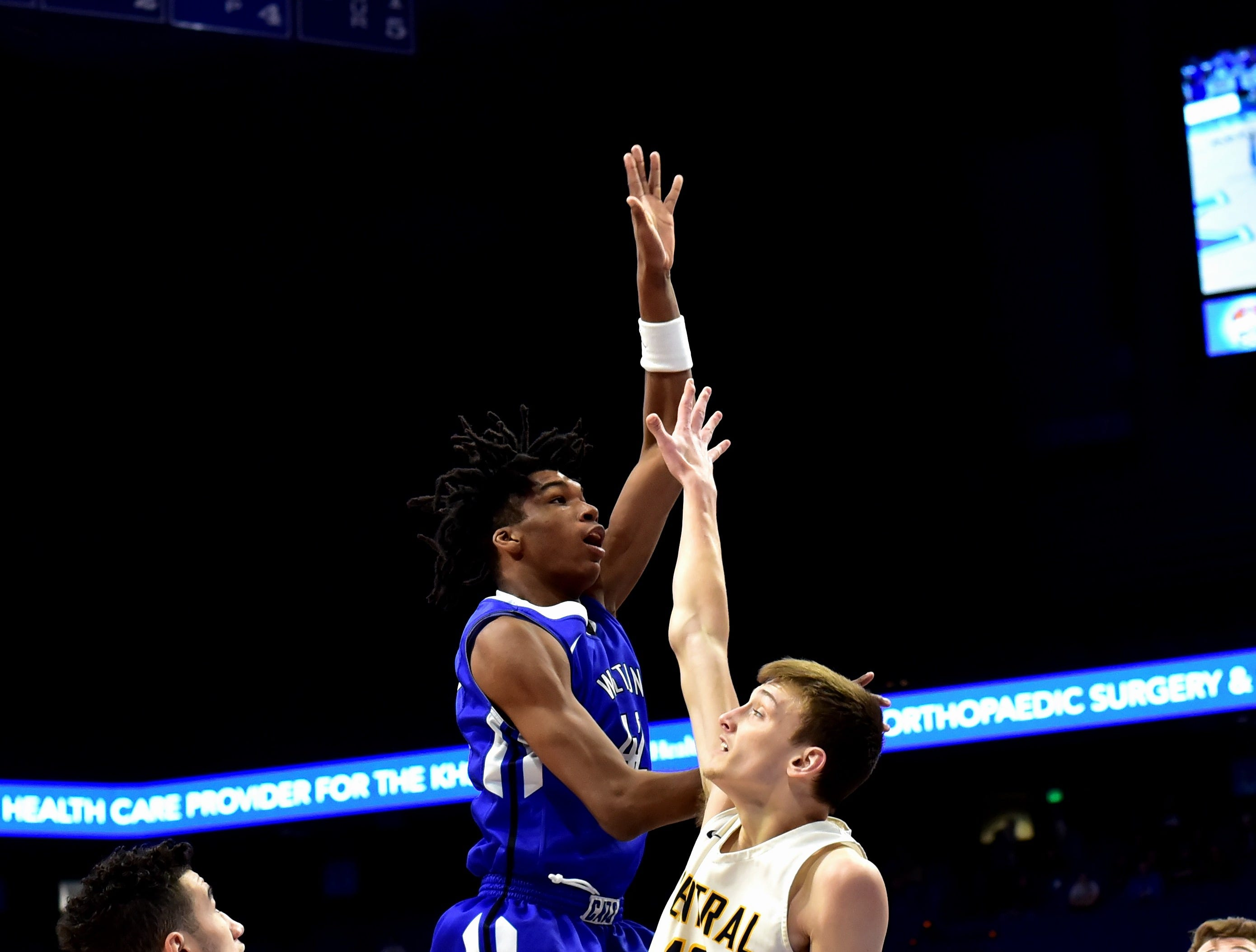 Walton Verona's Dieonte Miles drops home a one handed floater for the Bearcats at the KHSAA Sweet 16 Tournament at Rupp Arena in Lexington, KY, March 6, 2019