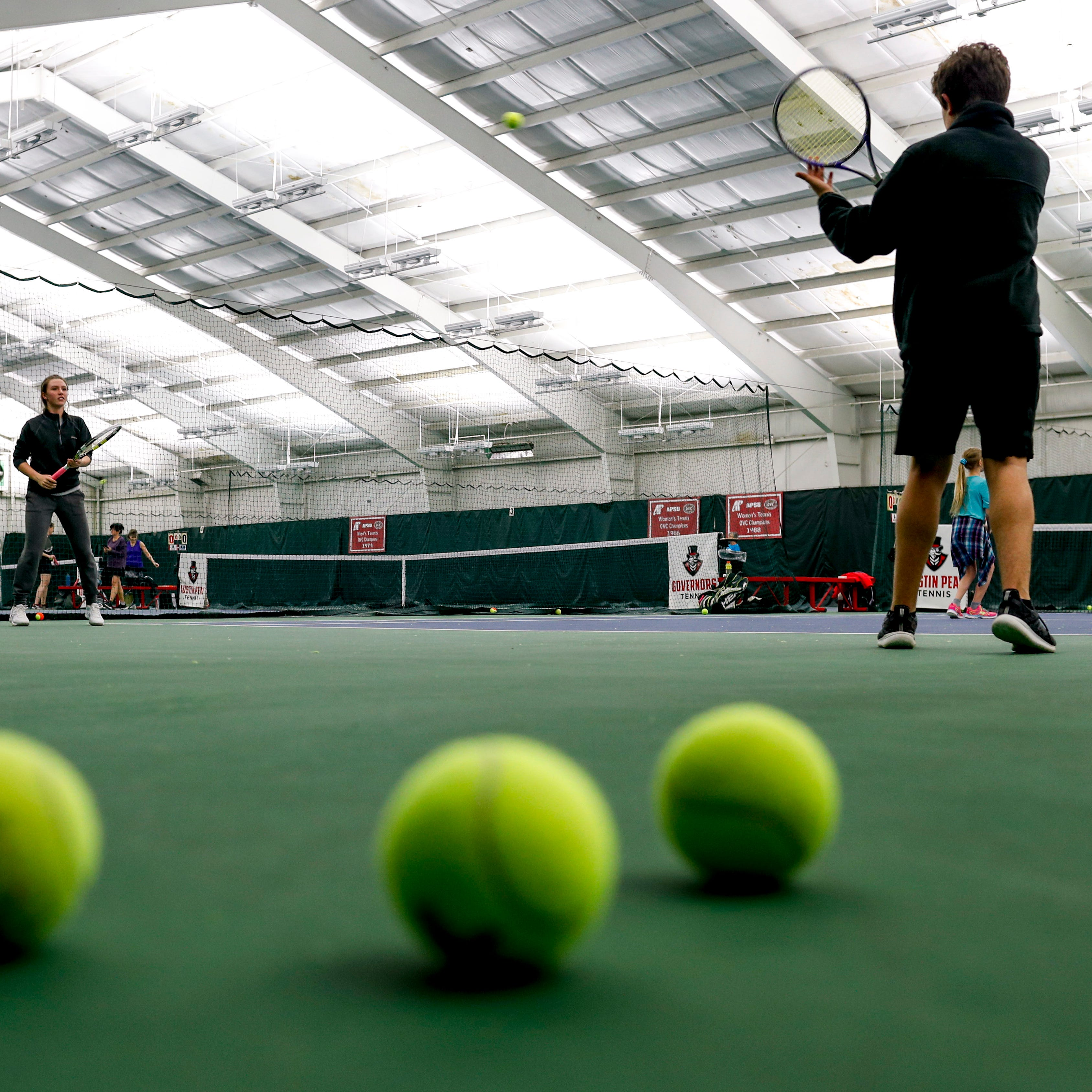 Clarksville tennis players launch petition to save indoor APSU courts