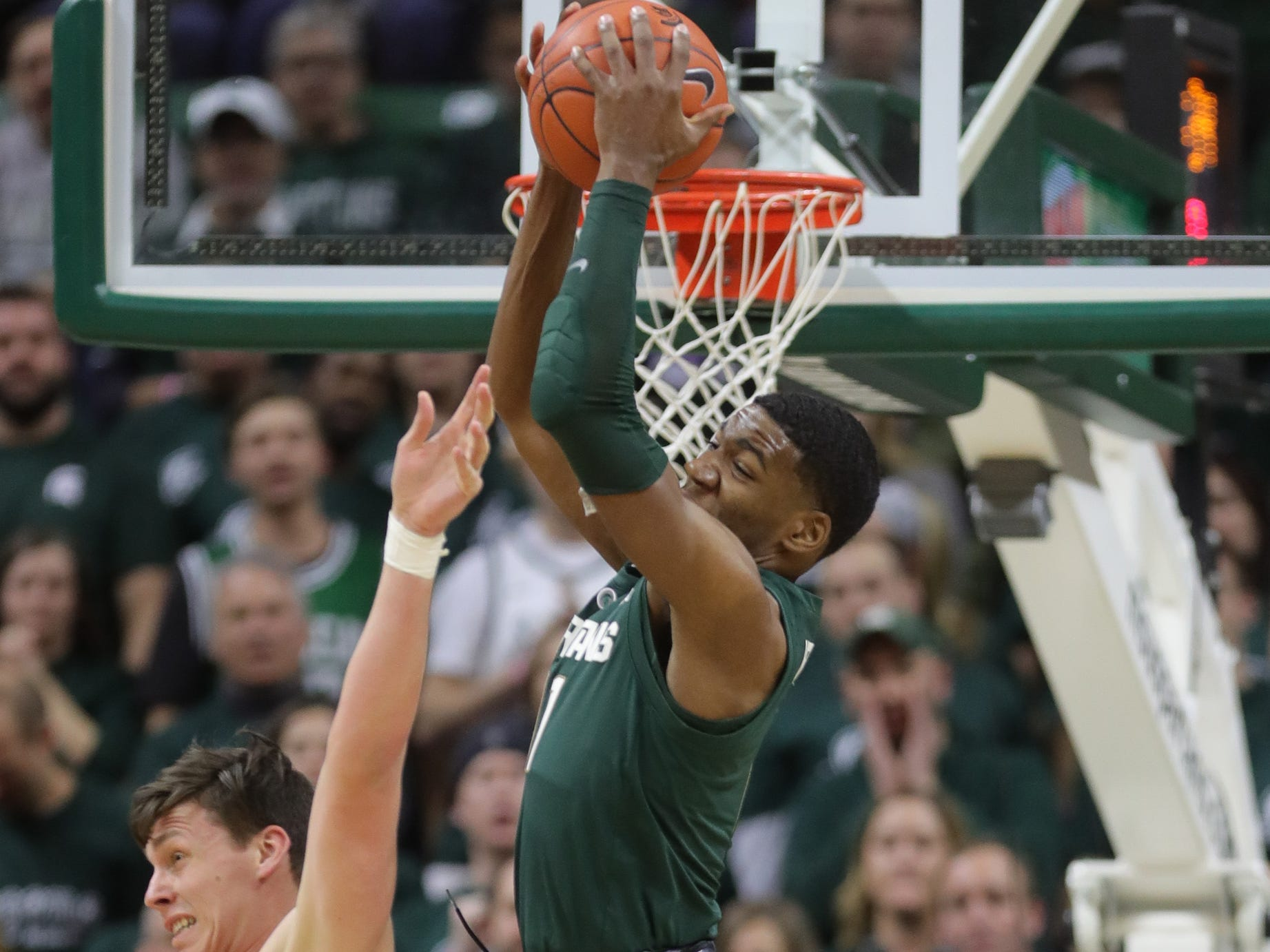 Michigan State forward Aaron Henry rebounds against Nebraska during first half action Tuesday, March 5, 2019 at the Breslin Center in East Lansing, Mich.