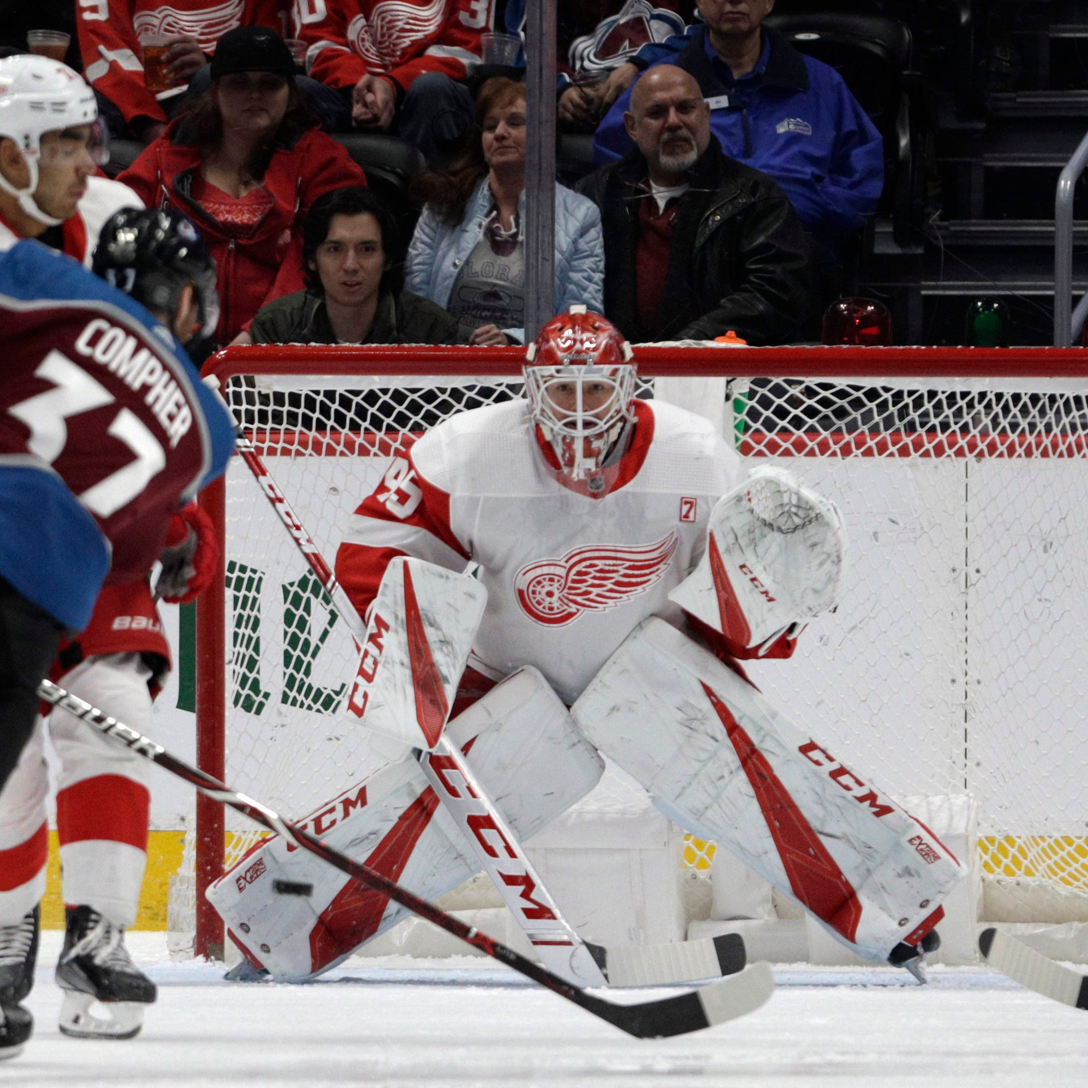 Zadina nets first goal, Red Wings fall in OT to Avalanche as losing skid reaches 8
