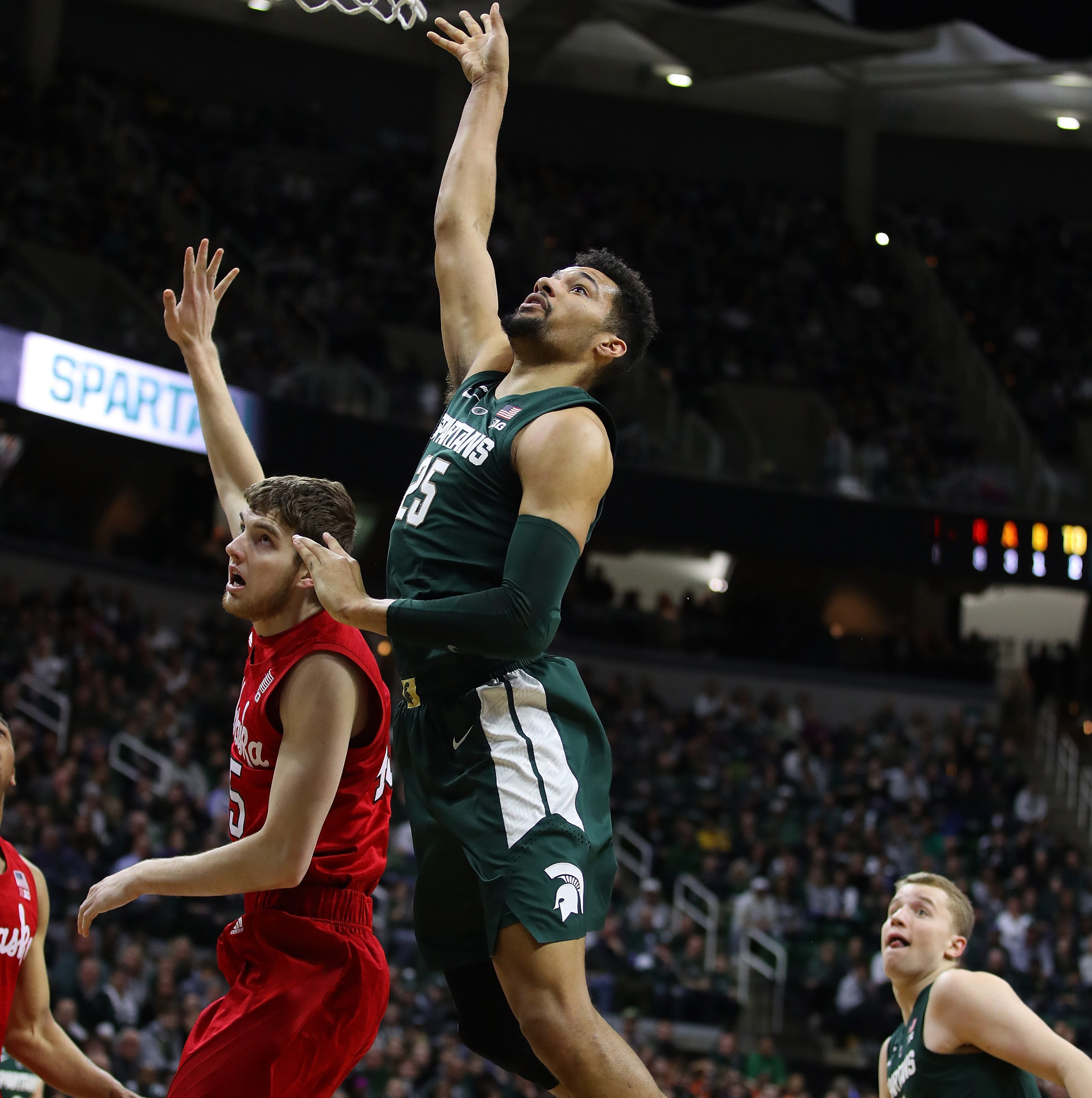 Seniors star in Michigan State's romp over Nebraska; Michigan up next with Big Ten title on line