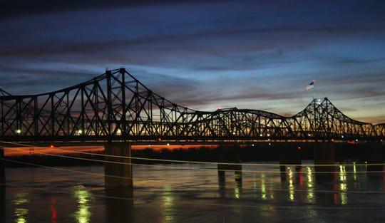 Mississippi River bridge at Vicksburg, Miss.