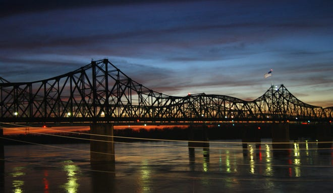 Mississippi River bridge at Vicksburg, Miss.