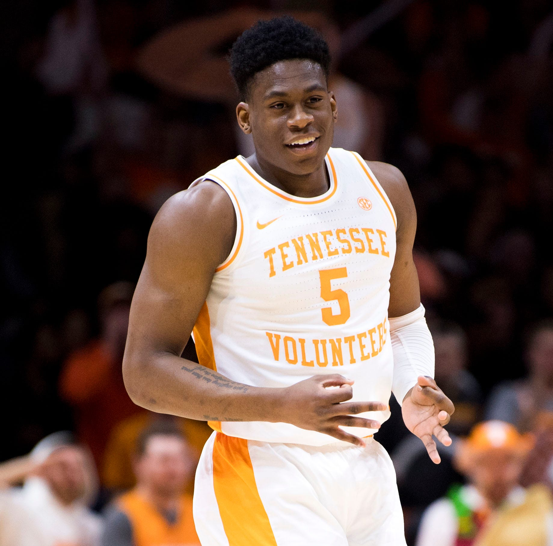 Vols send out seniors in style, now have a No. 1 seed to grab