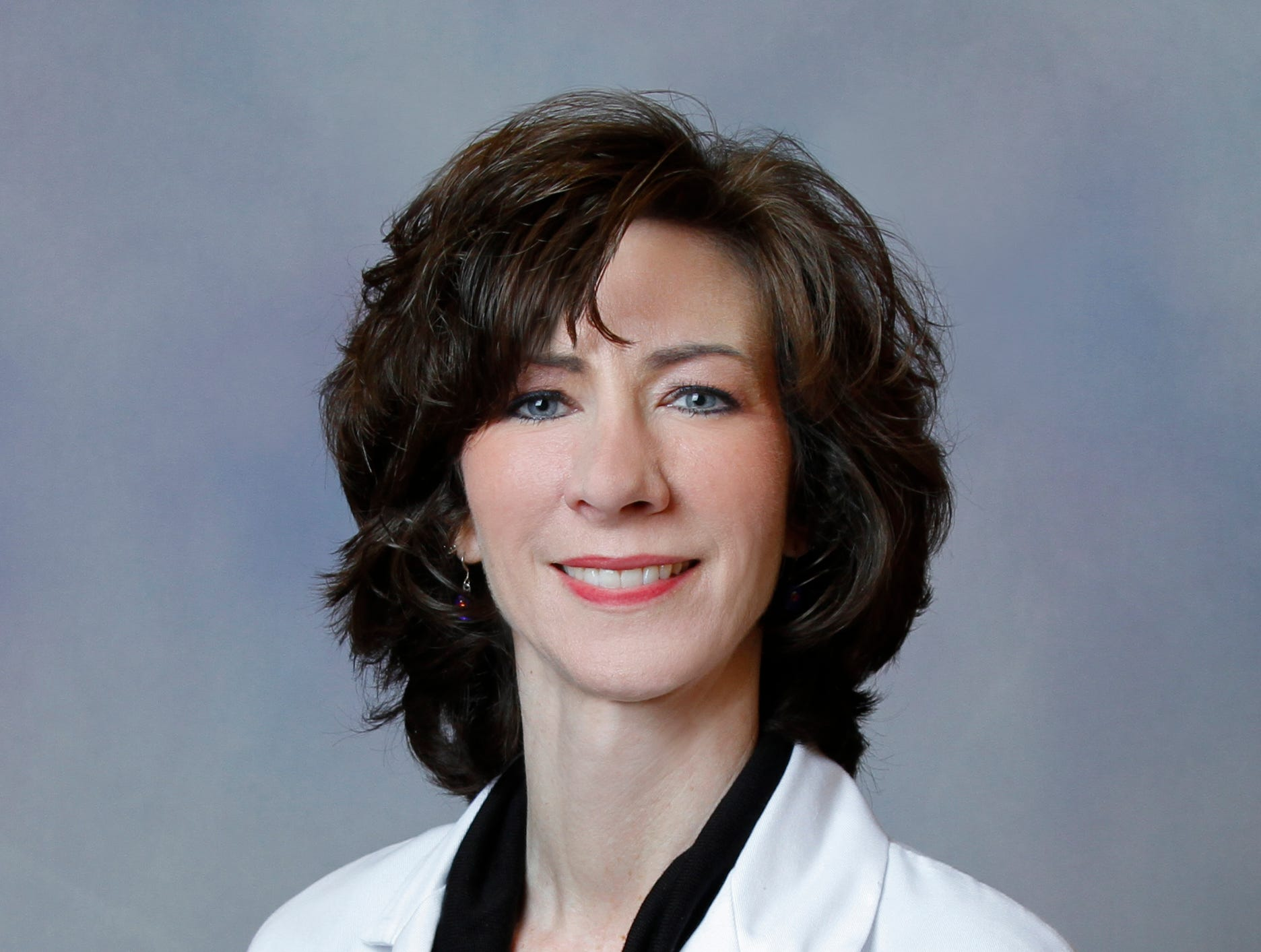 Leaders at The University of Tennessee Medical Center named Dr. Amy Barger Stevens as vice president of the UT Primary Care Collaborative. Stevens, who joined the medical center as a primary care physician in 2001 and who has held numerous positions of leadership throughout the years, assumes the newly created role effective immediately. Stevens' immediate responsibility is to shape and define the structure of the recently formed collaborative. In addition to the new role, Stevens will continue to see patients as a practicing physician. She also will retain her current roles as chair of the board of directors for University Health Network, professor and residency program director with the Department of Family Medicine at the University of Tennessee Graduate School of Medicine, and academic council and faculty member for the National Institute of Program Director Development. During her time at the medical center, Stevens served as Chief of Staff and graduated from the medical center's Physician Leadership Academy.