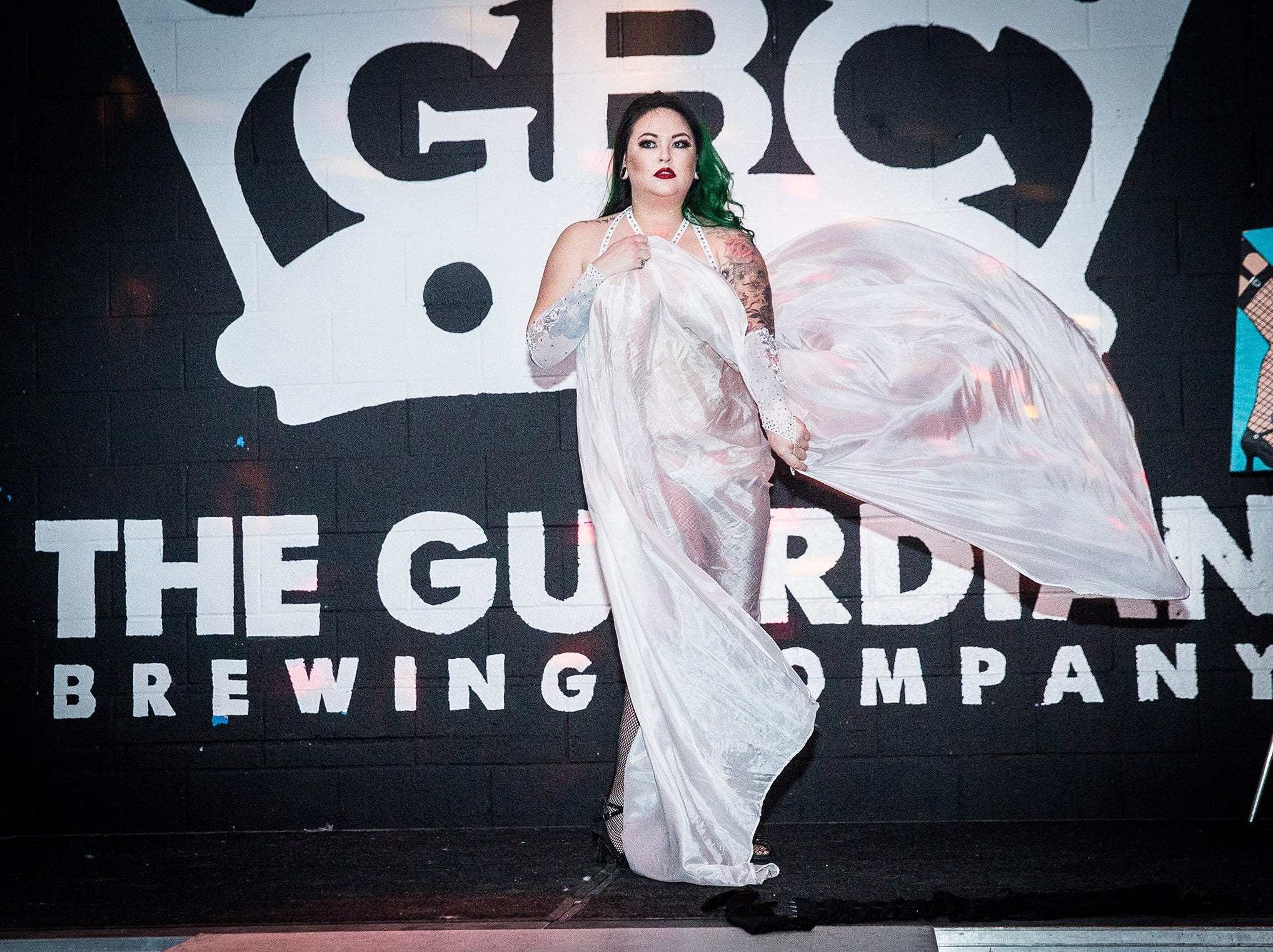 Bettie Nuggs of the Fabulous Funcie Femmes performs at The Guardian Brewing Company.