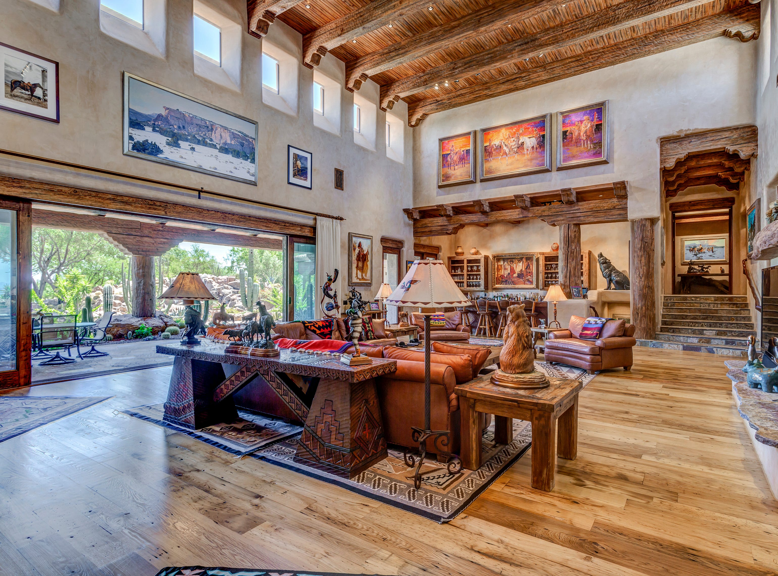 David and Linda Durbano purchased this mansion in Scottsdale for $5.7M.
