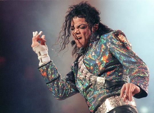 Michael Jackson, que falleció en 2009 a los 50 años por una sobredosis de medicamentos, fue acusado en diferentes ocasiones de haber abusado sexualmente de menores.