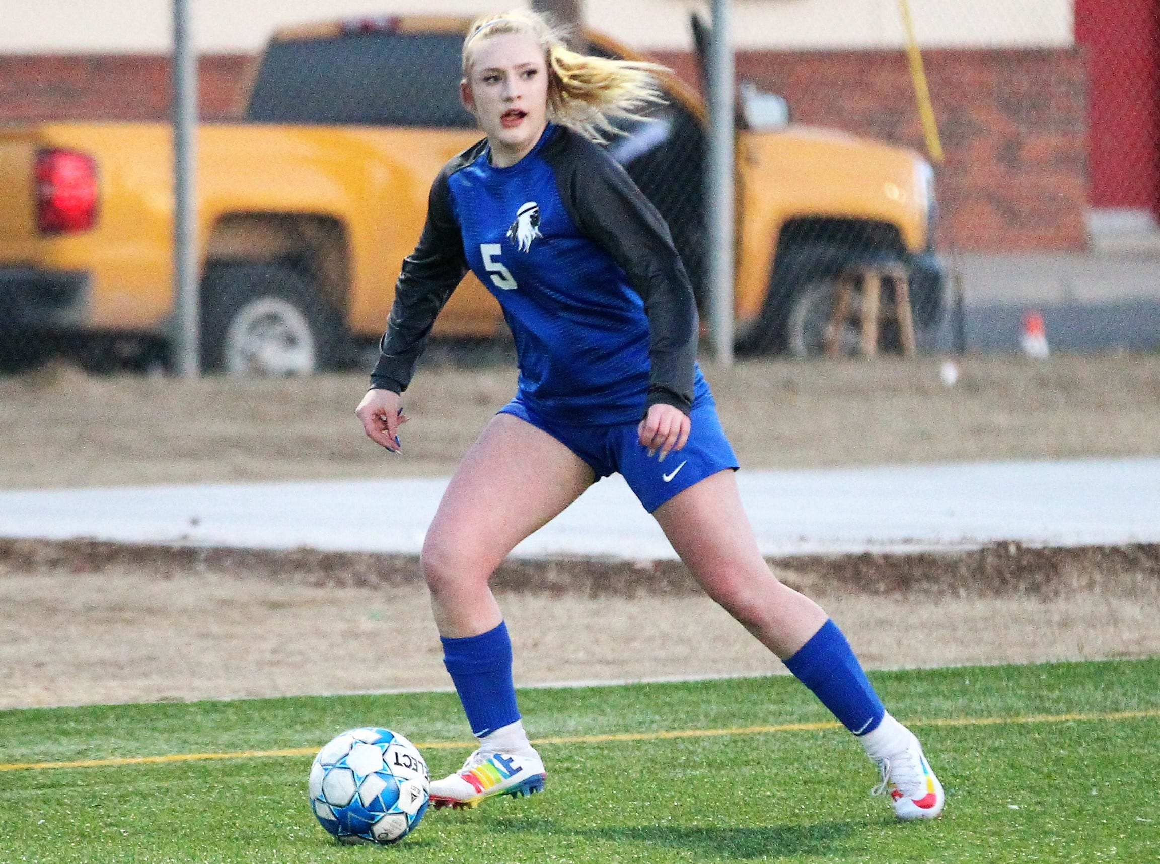 Lake View's Bryce Crabtree looks for a teammate to pass to in a District 4-4A soccer match against Snyder at Old Bobcat Stadium on Tuesday, March 5, 2019.