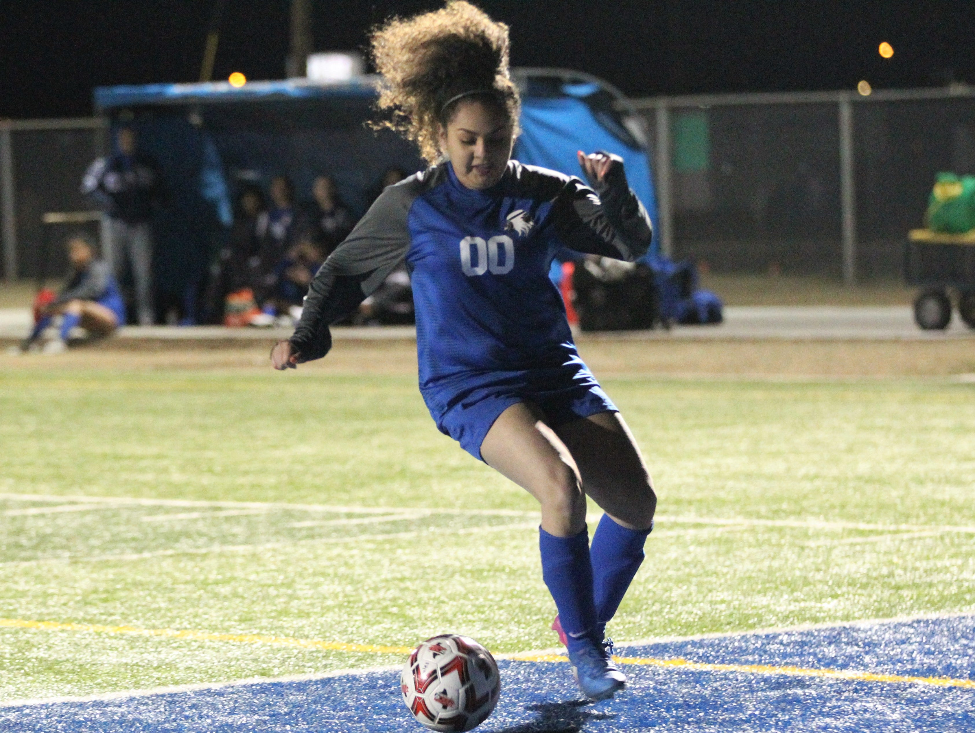 Lake View's Rosy Yamileth Guerrero works the ball in a District 4-4A soccer match against Snyder at Old Bobcat Stadium on Tuesday, March 5, 2019. The Maidens won 8-0 to secure the district title.