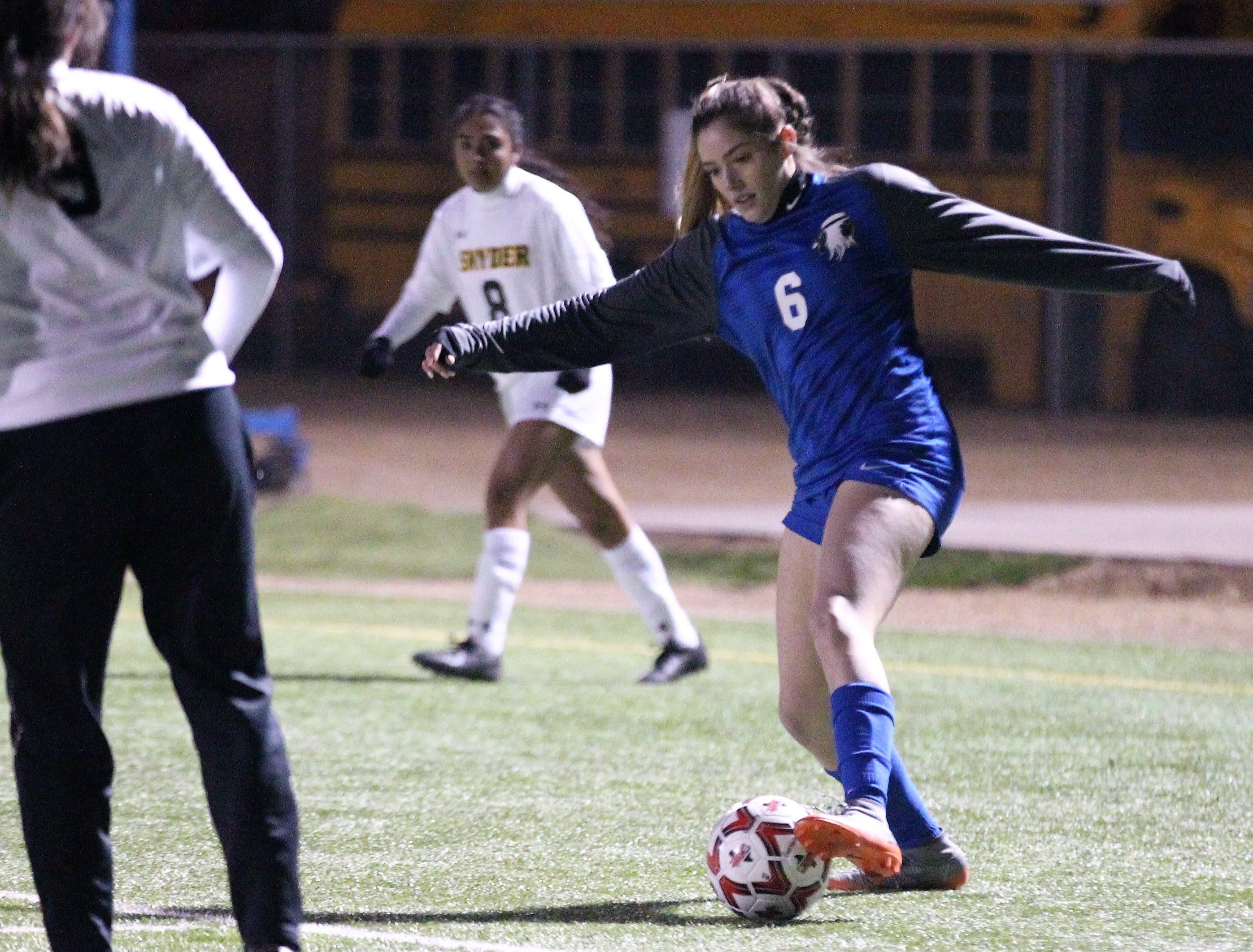 Lake View's Shae Gonzales works the ball in a District 4-4A soccer match against Snyder at Old Bobcat Stadium on Tuesday, March 5, 2019. The Maidens won 8-0 to secure the district title.