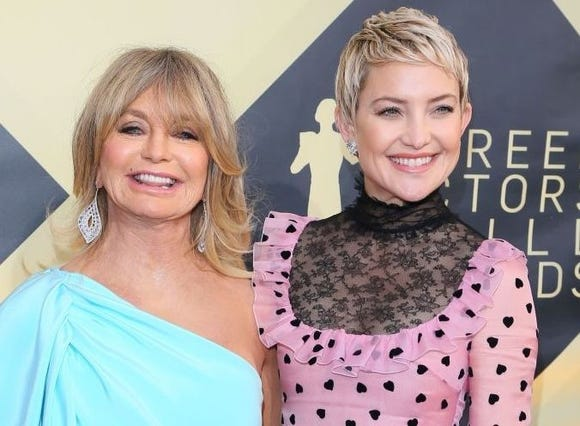 Goldie Hawn modeled good co-parenting for Kate Hudson.