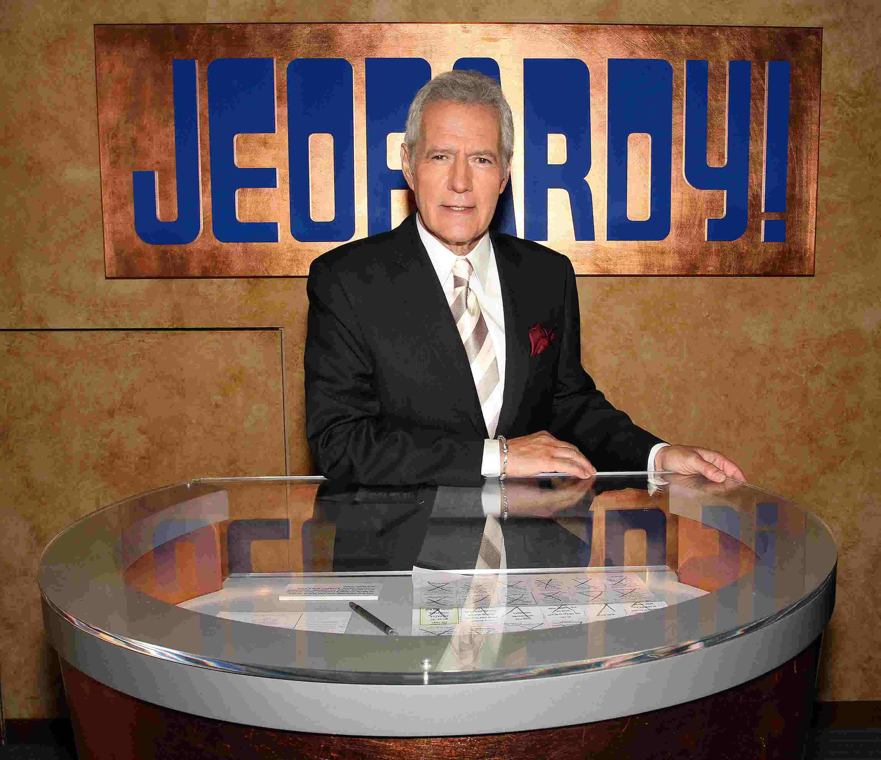 'Jeopardy!' host Alex Trebek diagnosed with stage 4 pancreatic cancer: 'I plan to beat' it