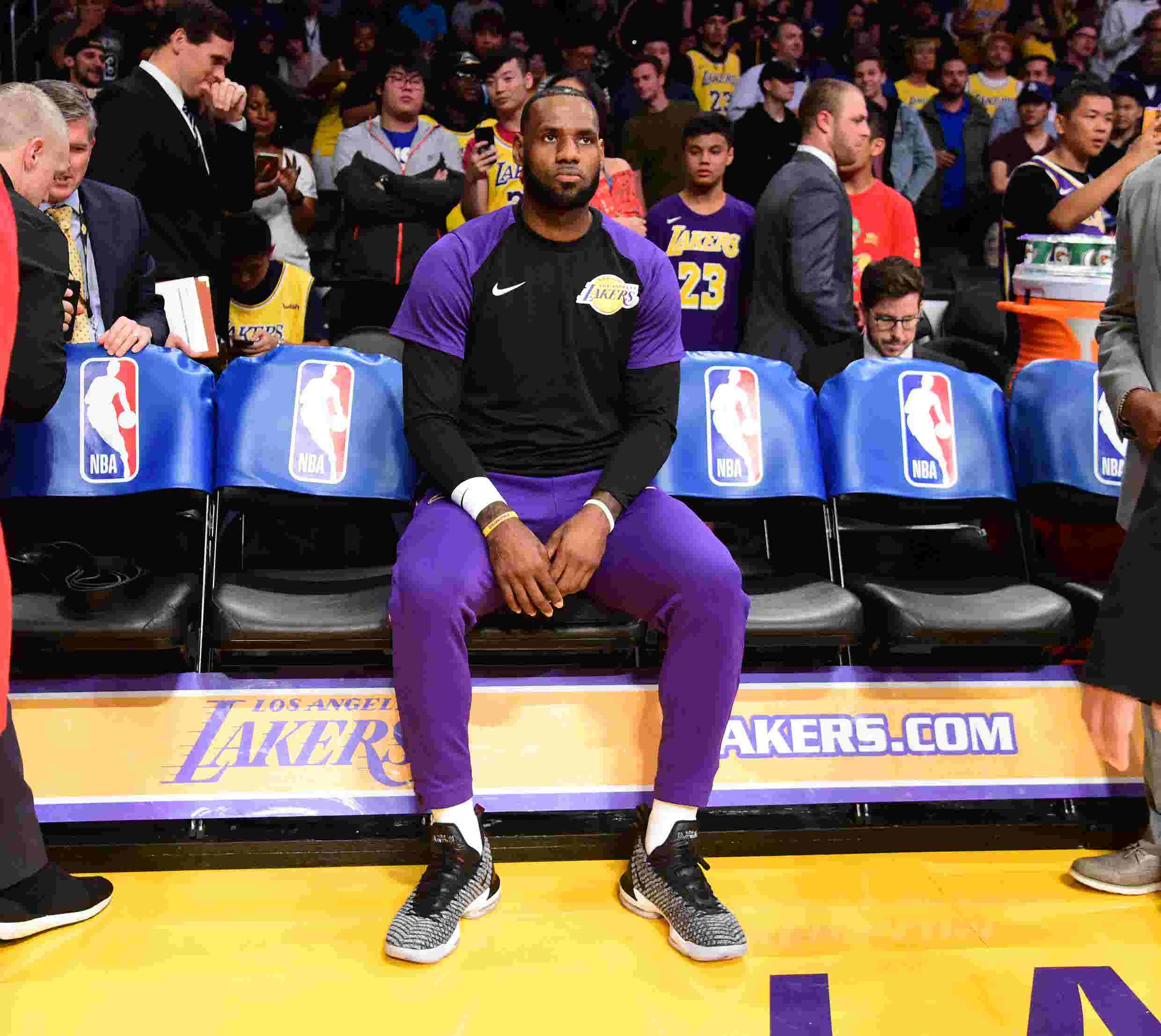 2ab140616280 NBA roundtable  Should LeBron James sit for the rest of the season